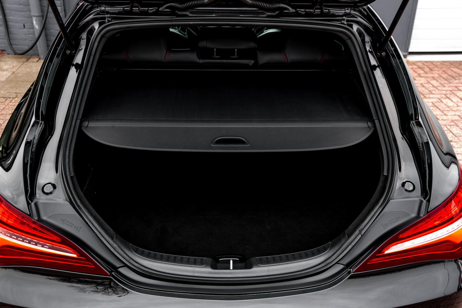 """Mercedes-Benz CLA-Klasse Shooting Brake 45 AMG 4-M Performance Stoelen/Uitlaat/19"""" velgen/Exclusive/Panorama Aut7 Foto 57"""