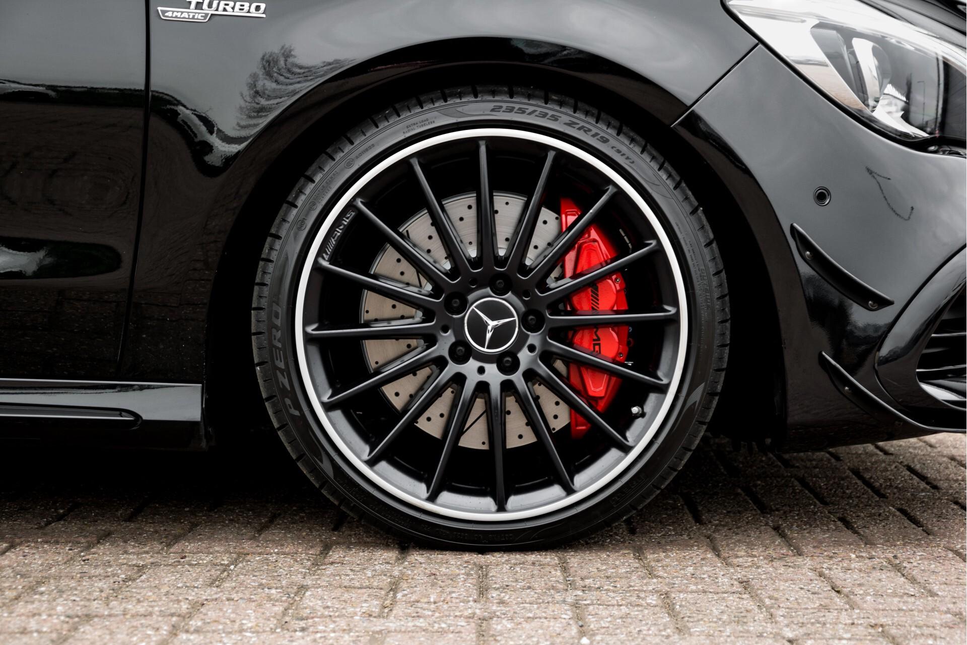 """Mercedes-Benz CLA-Klasse Shooting Brake 45 AMG 4-M Performance Stoelen/Uitlaat/19"""" velgen/Exclusive/Panorama Aut7 Foto 60"""
