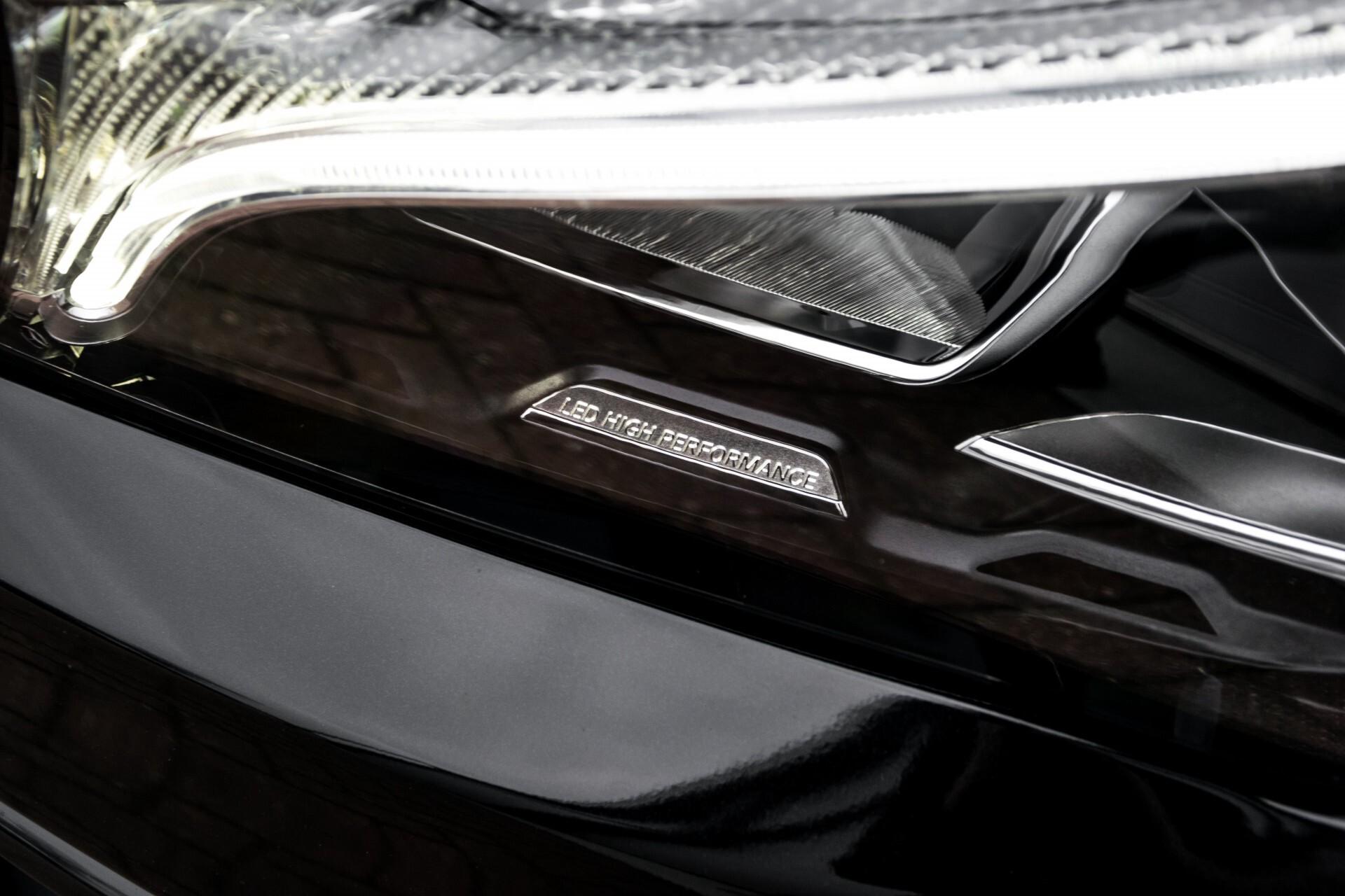 """Mercedes-Benz CLA-Klasse Shooting Brake 45 AMG 4-M Performance Stoelen/Uitlaat/19"""" velgen/Exclusive/Panorama Aut7 Foto 61"""