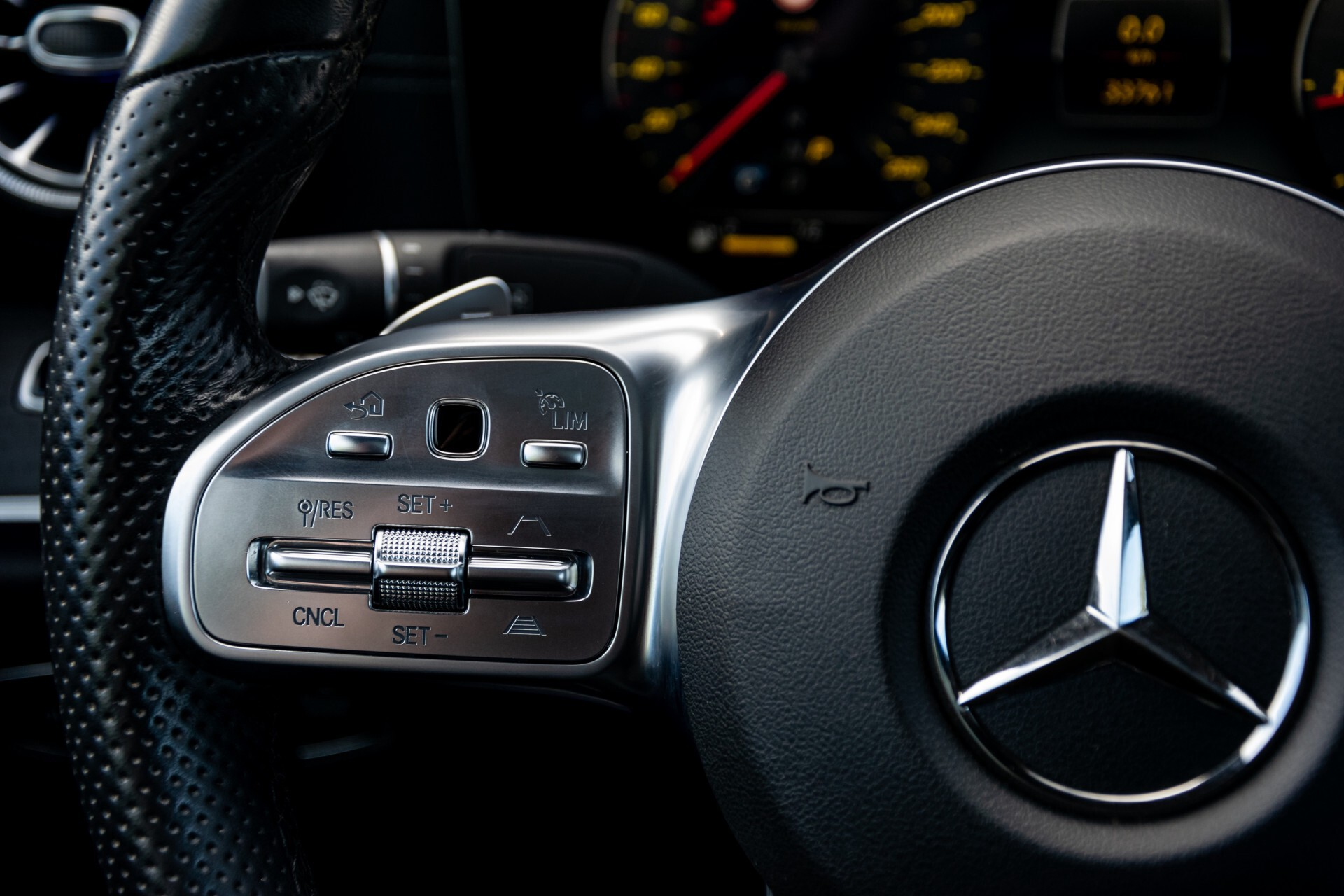 Mercedes-Benz E-Klasse Coupé 300 AMG Panorama/Rij-assist/Keyless/Massage/Memory/HUD/Standkachel/Night Aut9 Foto 10