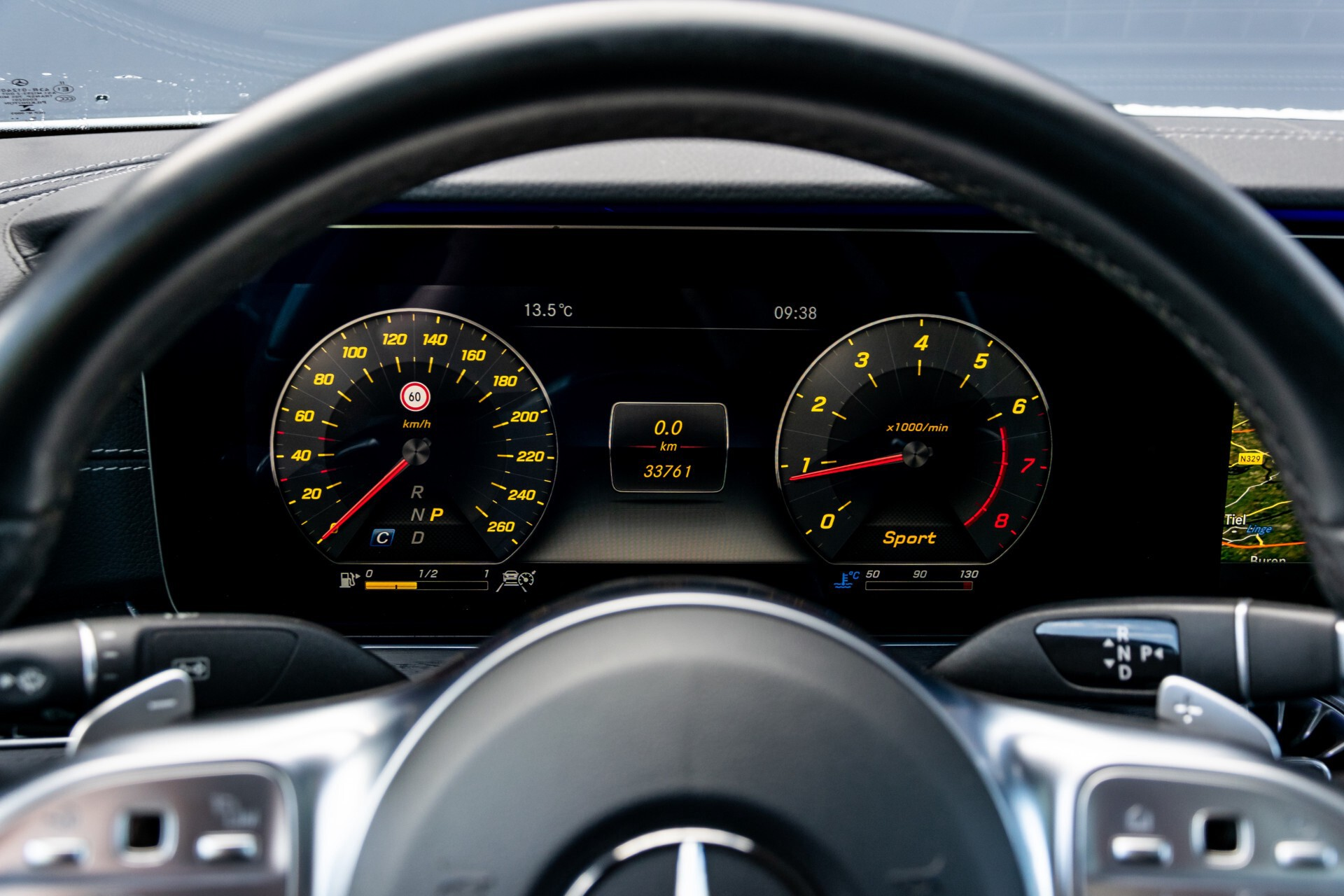 Mercedes-Benz E-Klasse Coupé 300 AMG Panorama/Rij-assist/Keyless/Massage/Memory/HUD/Standkachel/Night Aut9 Foto 13