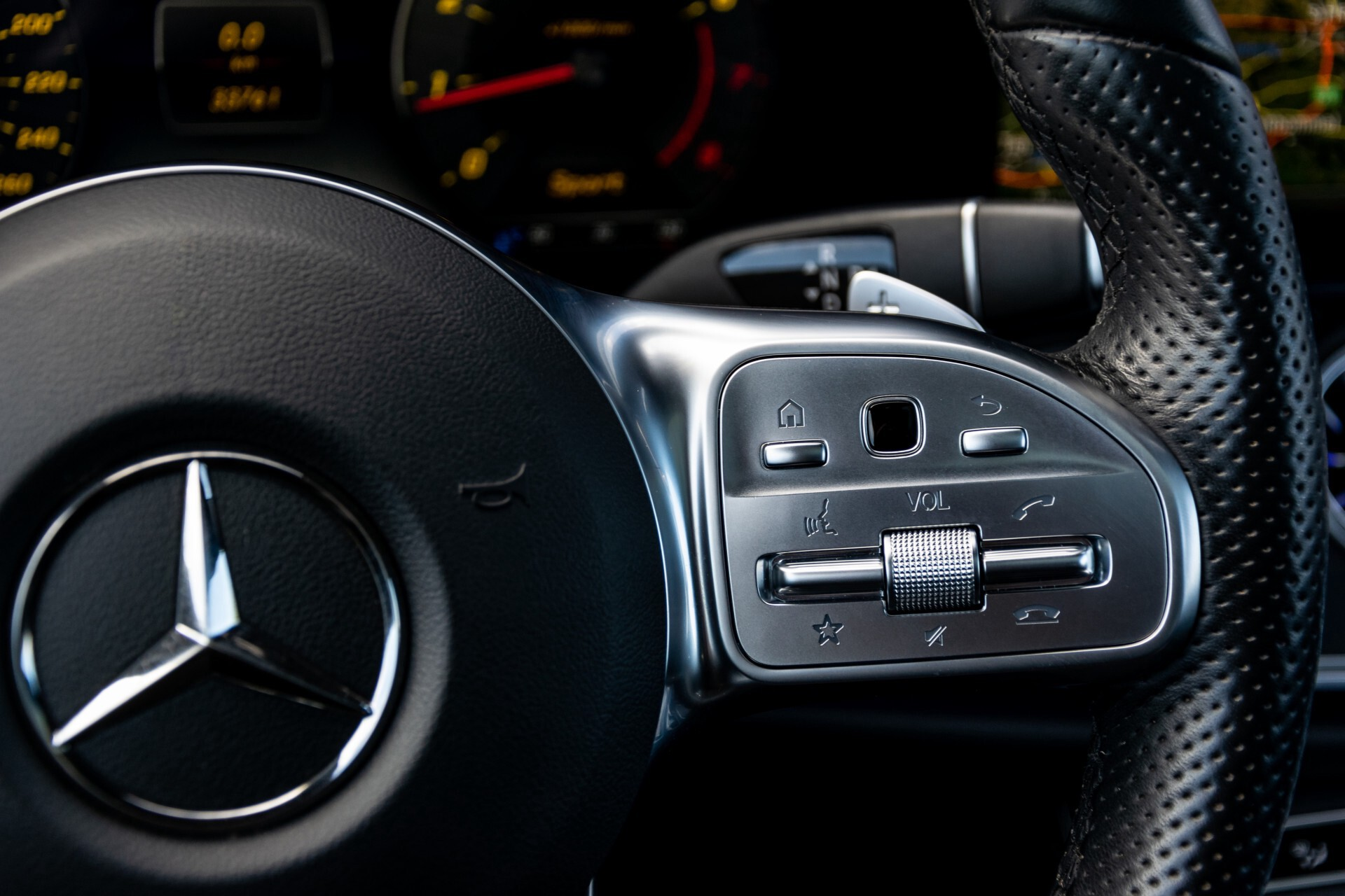 Mercedes-Benz E-Klasse Coupé 300 AMG Panorama/Rij-assist/Keyless/Massage/Memory/HUD/Standkachel/Night Aut9 Foto 16