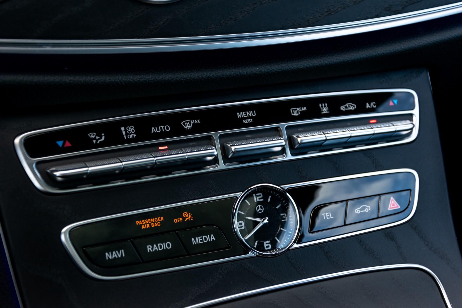 Mercedes-Benz E-Klasse Coupé 300 AMG Panorama/Rij-assist/Keyless/Massage/Memory/HUD/Standkachel/Night Aut9 Foto 22