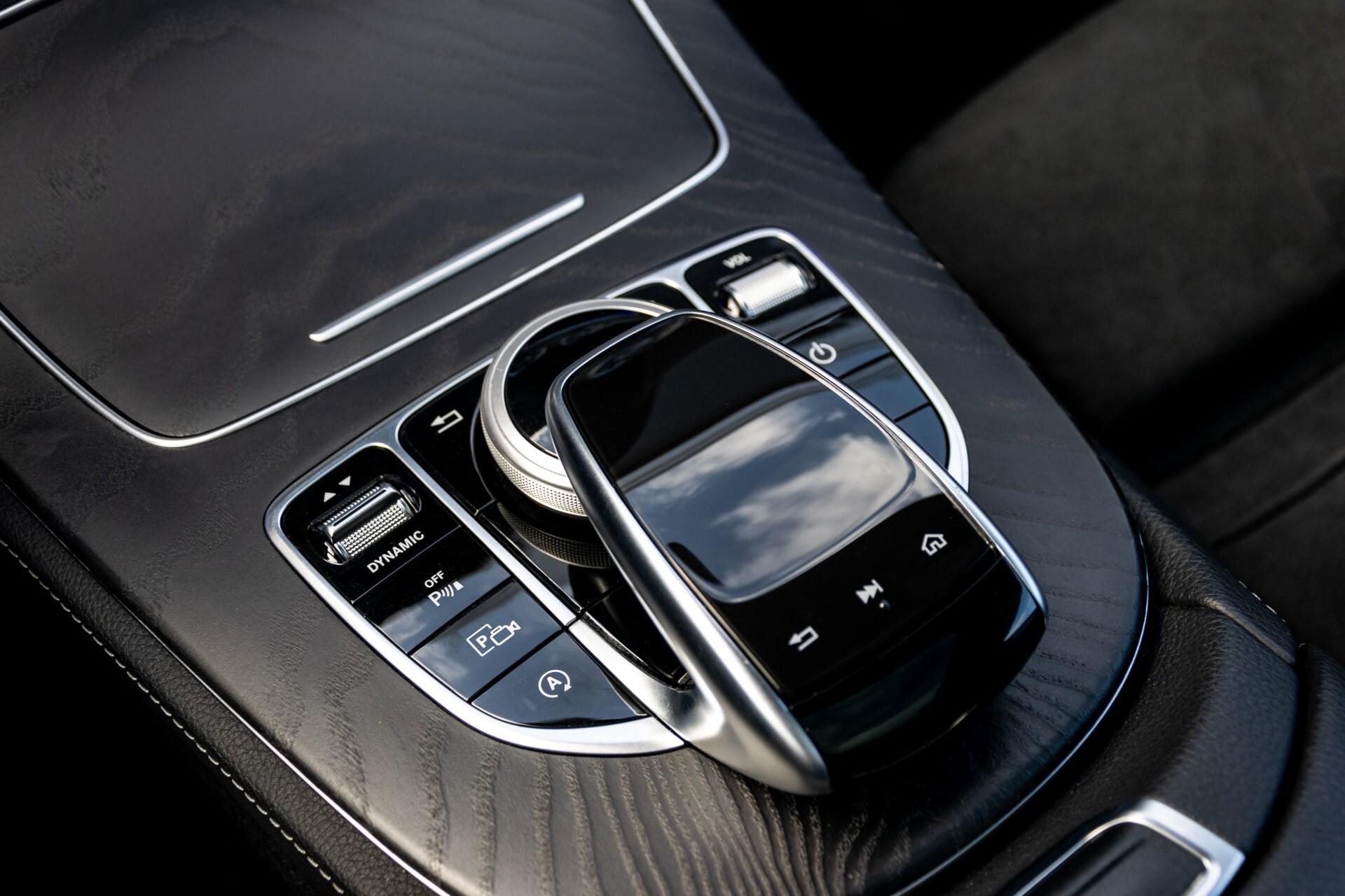Mercedes-Benz E-Klasse Coupé 300 AMG Panorama/Rij-assist/Keyless/Massage/Memory/HUD/Standkachel/Night Aut9 Foto 24