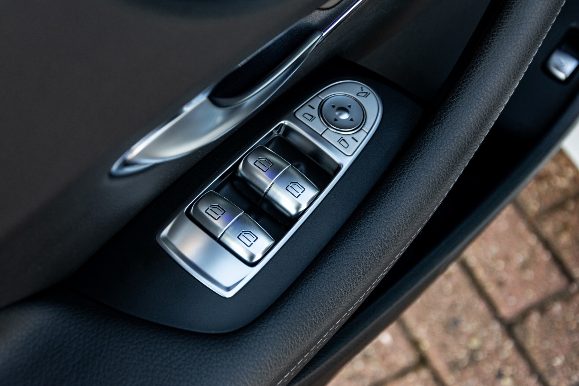 Mercedes-Benz E-Klasse Coupé 300 AMG Panorama/Rij-assist/Keyless/Massage/Memory/HUD/Standkachel/Night Aut9 Foto 32