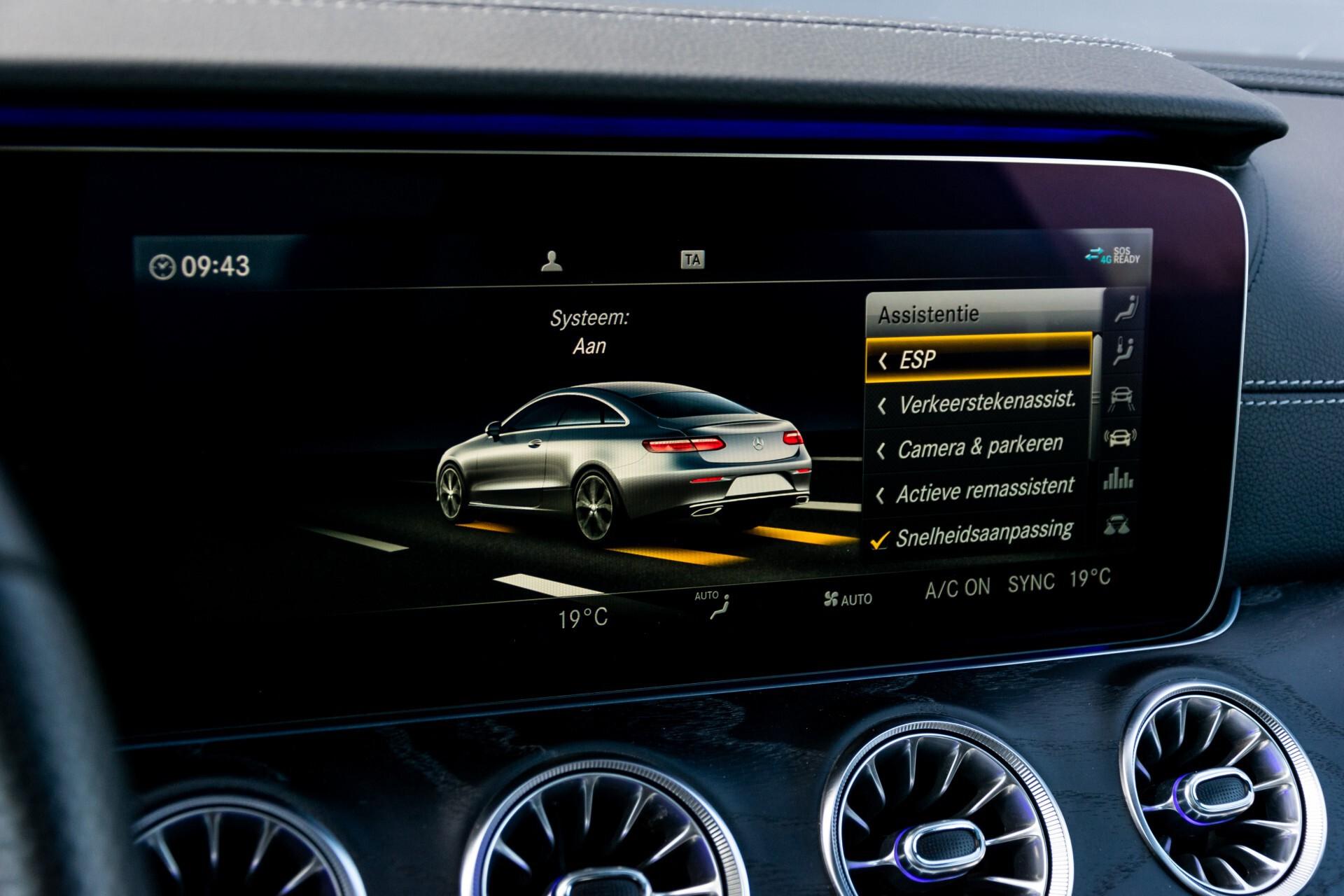 Mercedes-Benz E-Klasse Coupé 300 AMG Panorama/Rij-assist/Keyless/Massage/Memory/HUD/Standkachel/Night Aut9 Foto 33
