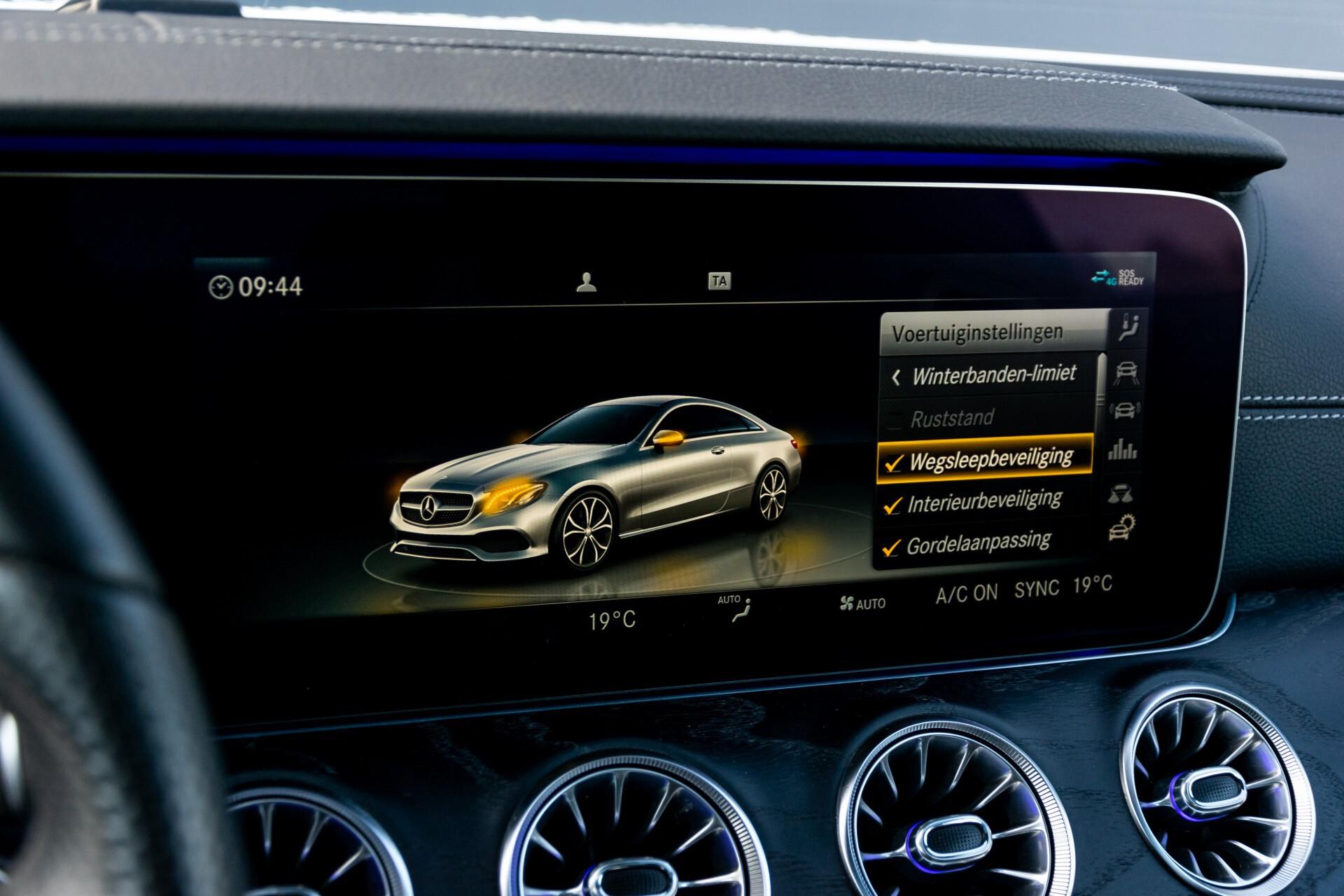 Mercedes-Benz E-Klasse Coupé 300 AMG Panorama/Rij-assist/Keyless/Massage/Memory/HUD/Standkachel/Night Aut9 Foto 49