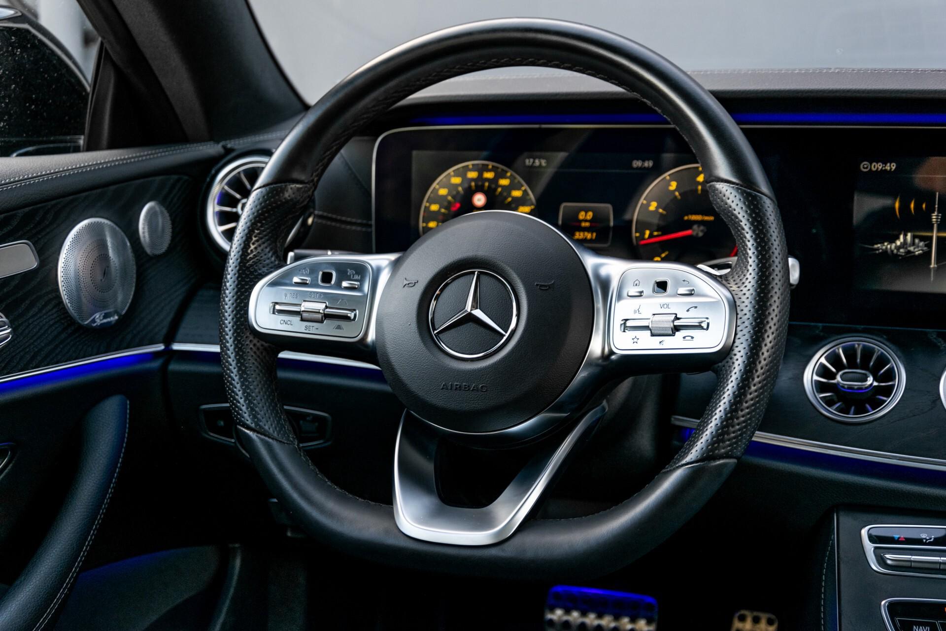 Mercedes-Benz E-Klasse Coupé 300 AMG Panorama/Rij-assist/Keyless/Massage/Memory/HUD/Standkachel/Night Aut9 Foto 5