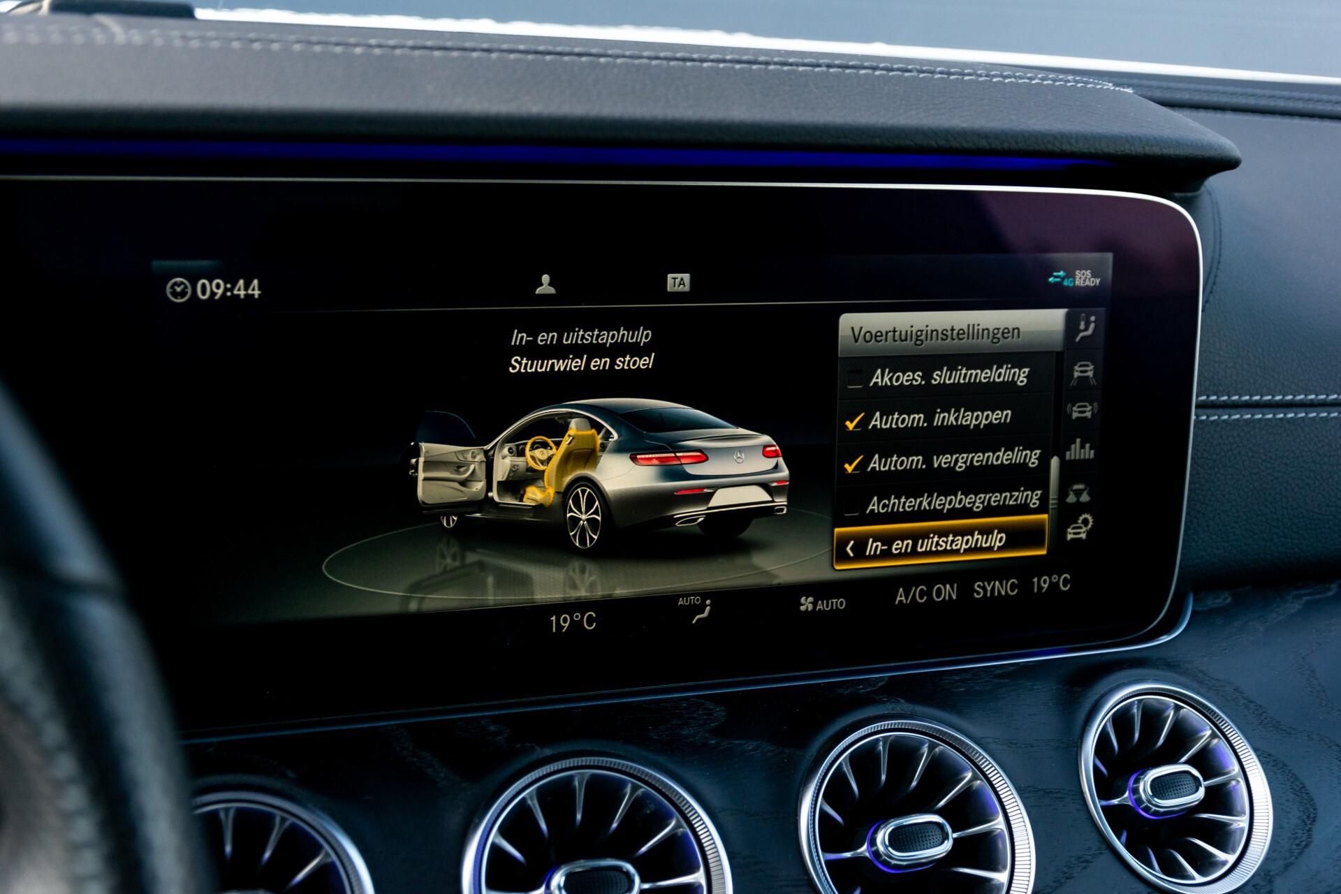 Mercedes-Benz E-Klasse Coupé 300 AMG Panorama/Rij-assist/Keyless/Massage/Memory/HUD/Standkachel/Night Aut9 Foto 55