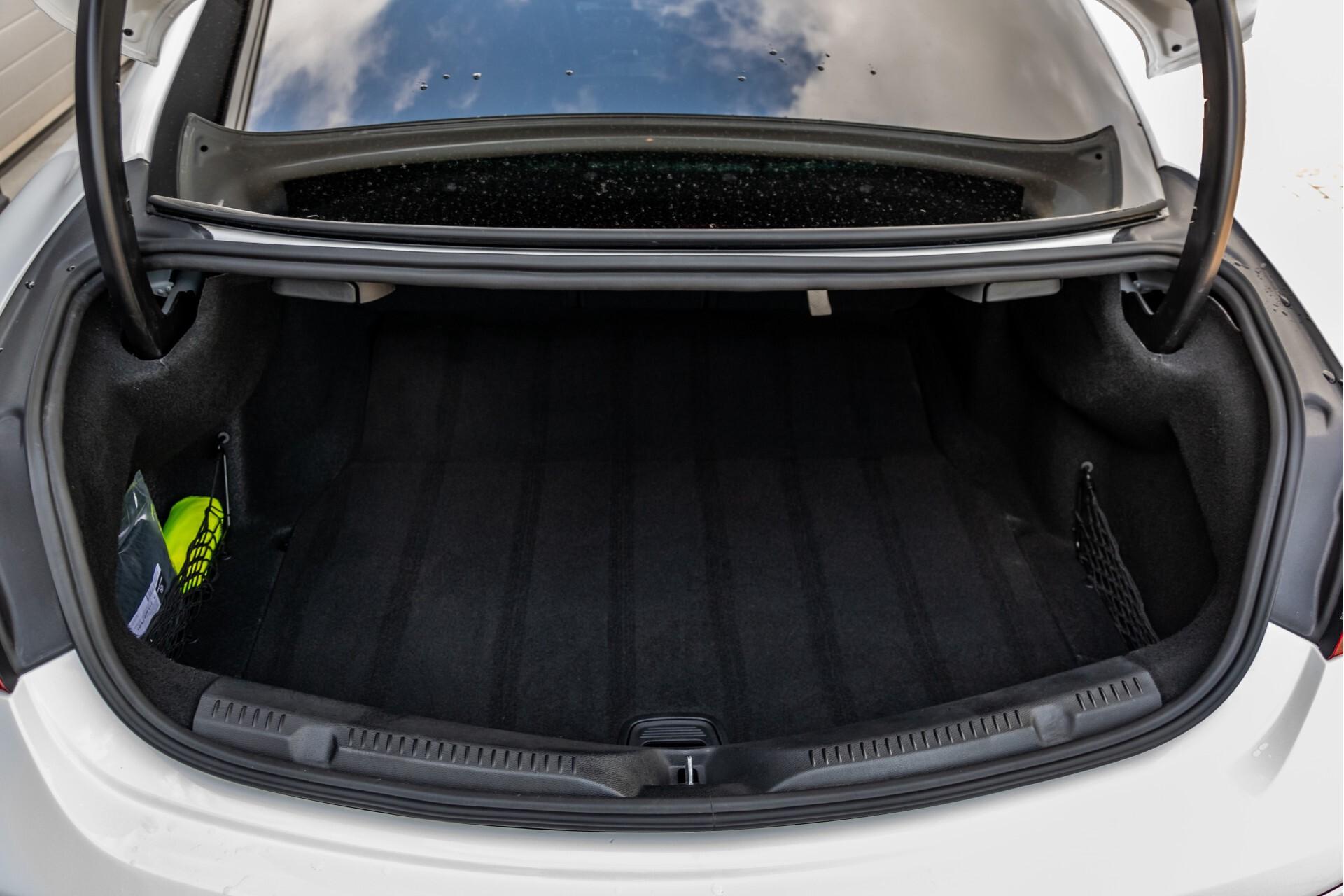 Mercedes-Benz E-Klasse Coupé 300 AMG Panorama/Rij-assist/Keyless/Massage/Memory/HUD/Standkachel/Night Aut9 Foto 56