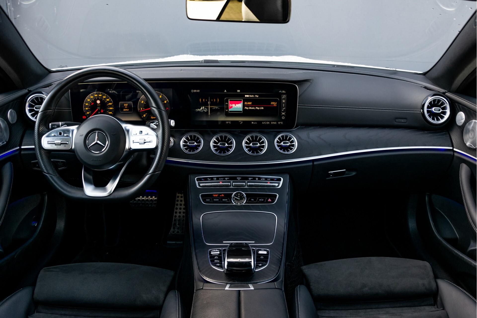 Mercedes-Benz E-Klasse Coupé 300 AMG Panorama/Rij-assist/Keyless/Massage/Memory/HUD/Standkachel/Night Aut9 Foto 6