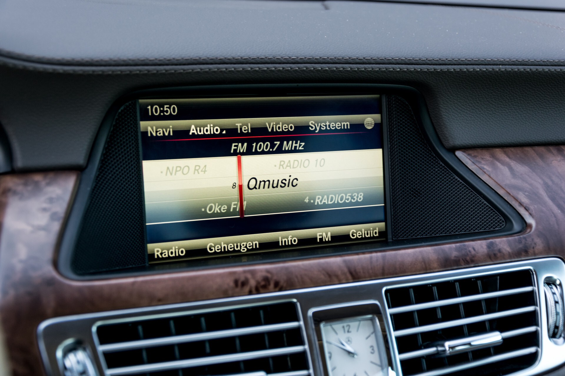 Mercedes-Benz CLS-Klasse 350 Cdi Luchtvering/Distronic/Nachtzicht/AMG/Comand/ILS Aut7 Foto 18