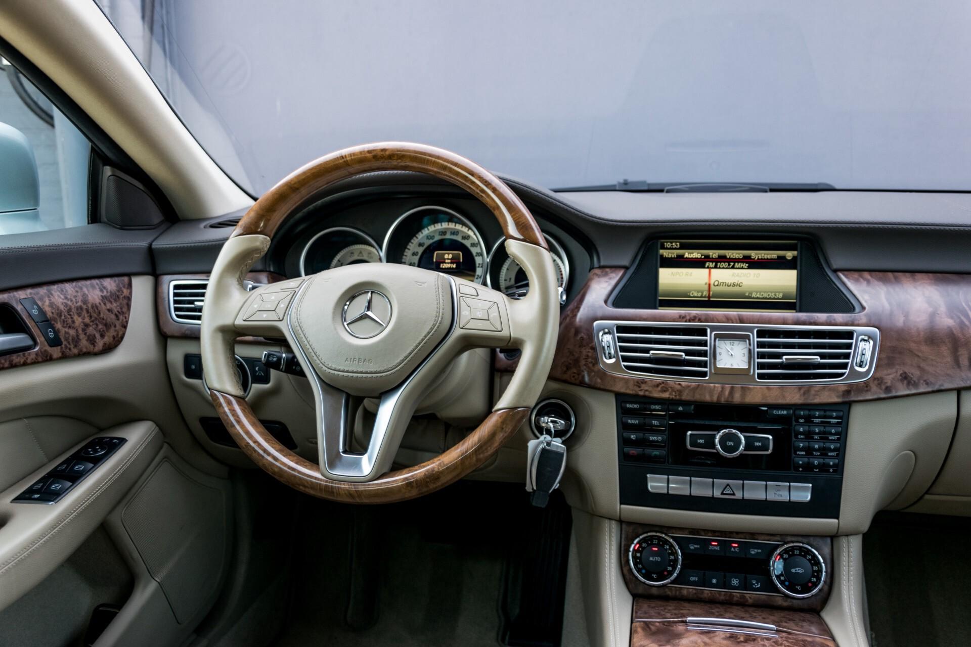 Mercedes-Benz CLS-Klasse 350 Cdi Luchtvering/Distronic/Nachtzicht/AMG/Comand/ILS Aut7 Foto 7