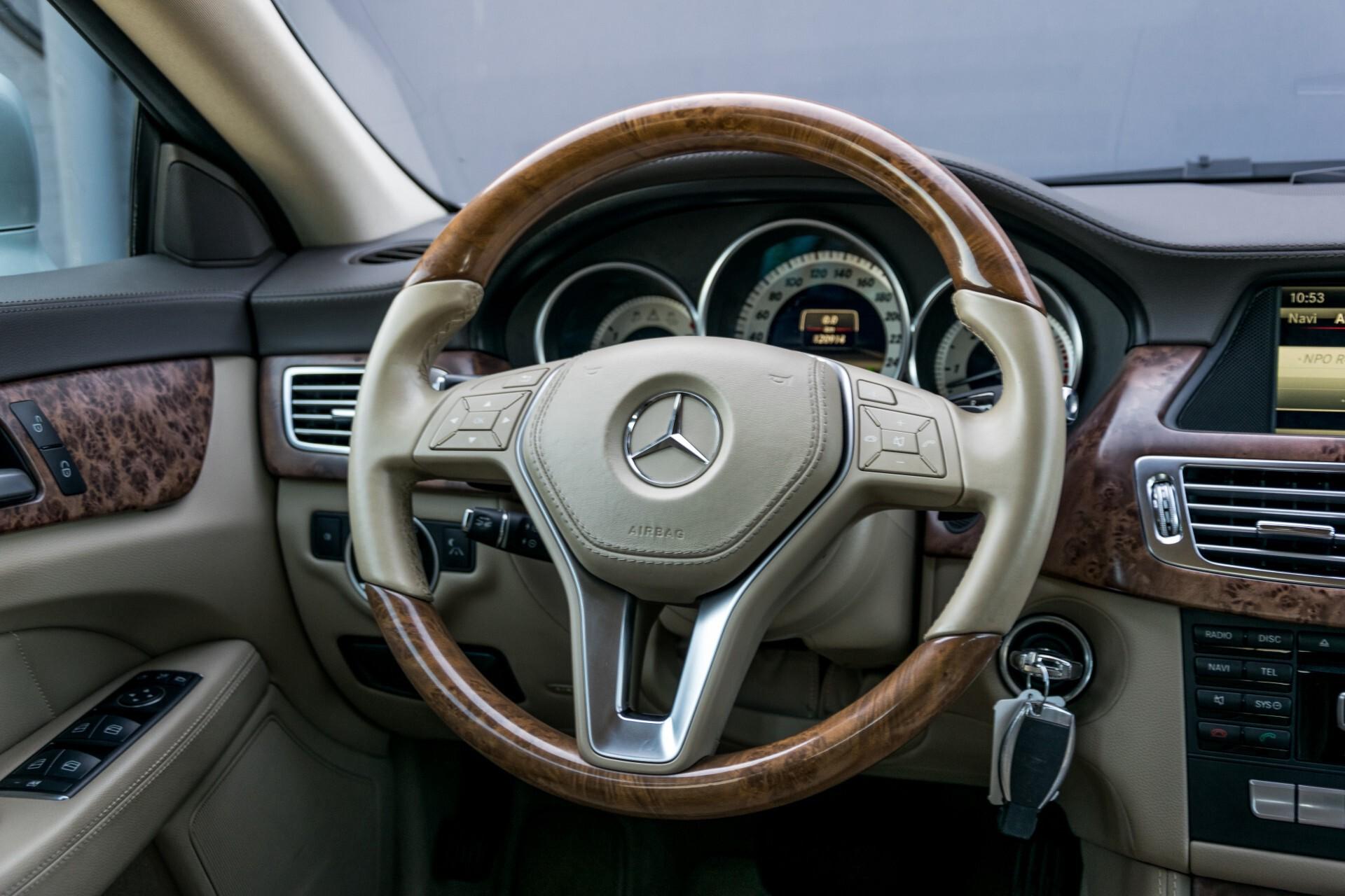 Mercedes-Benz CLS-Klasse 350 Cdi Luchtvering/Distronic/Nachtzicht/AMG/Comand/ILS Aut7 Foto 8