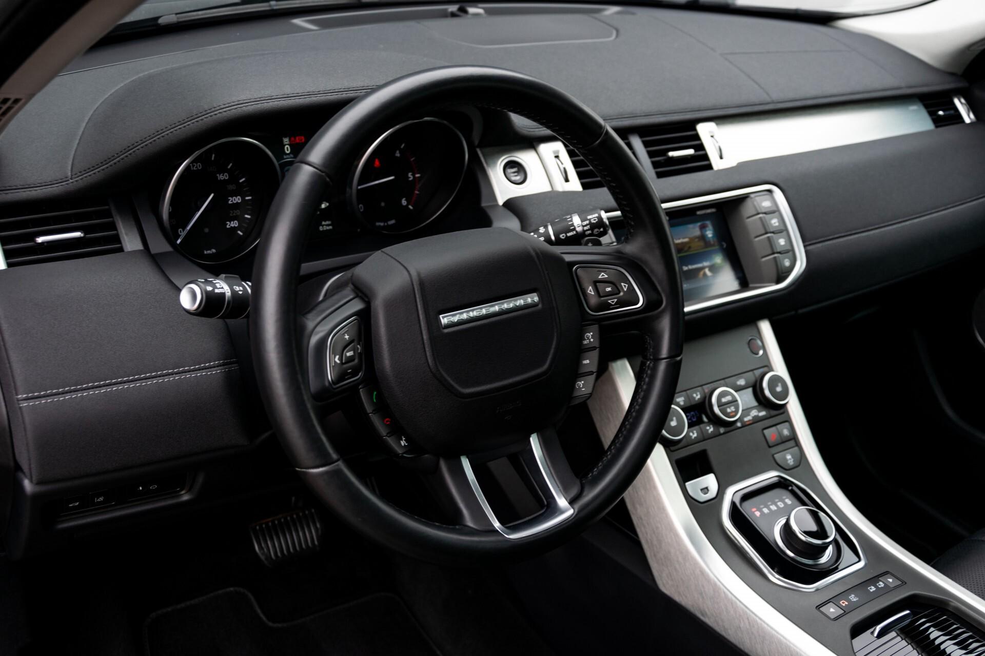 Land Rover Range Rover Evoque 2.0 TD4 SE Dynamic Blackline Panorama Camera Aut9 Foto 19