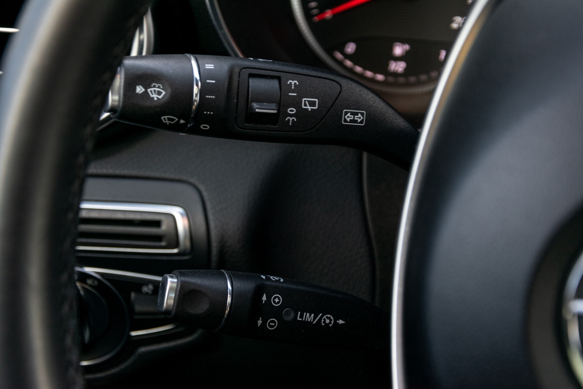 "Mercedes-Benz GLC 250 d 4-M AMG Panorama/Burmester/20""/Treeplanken/Trekhaak/Camera Aut9 Foto 10"