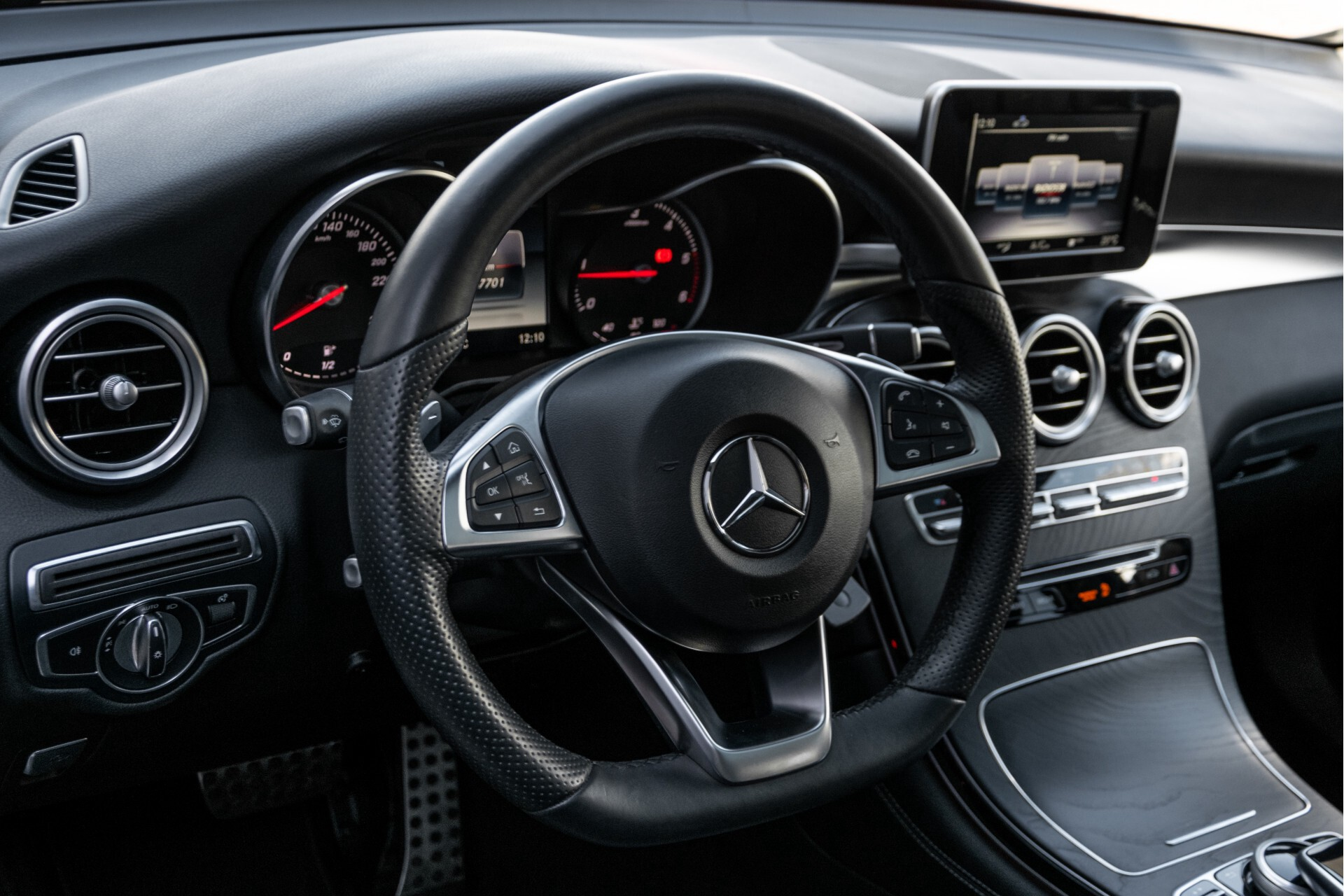 "Mercedes-Benz GLC 250 d 4-M AMG Panorama/Burmester/20""/Treeplanken/Trekhaak/Camera Aut9 Foto 16"