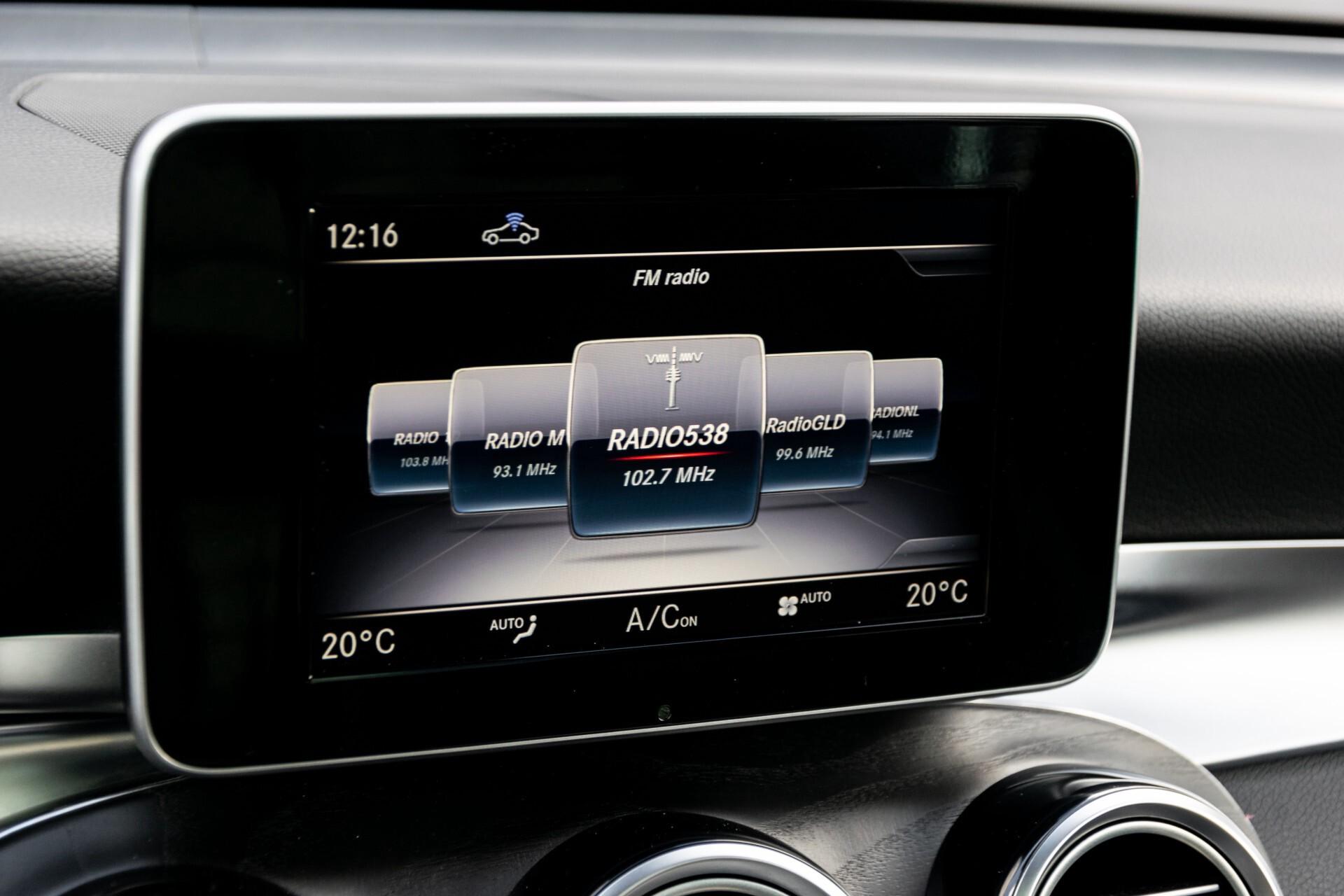 "Mercedes-Benz GLC 250 d 4-M AMG Panorama/Burmester/20""/Treeplanken/Trekhaak/Camera Aut9 Foto 17"