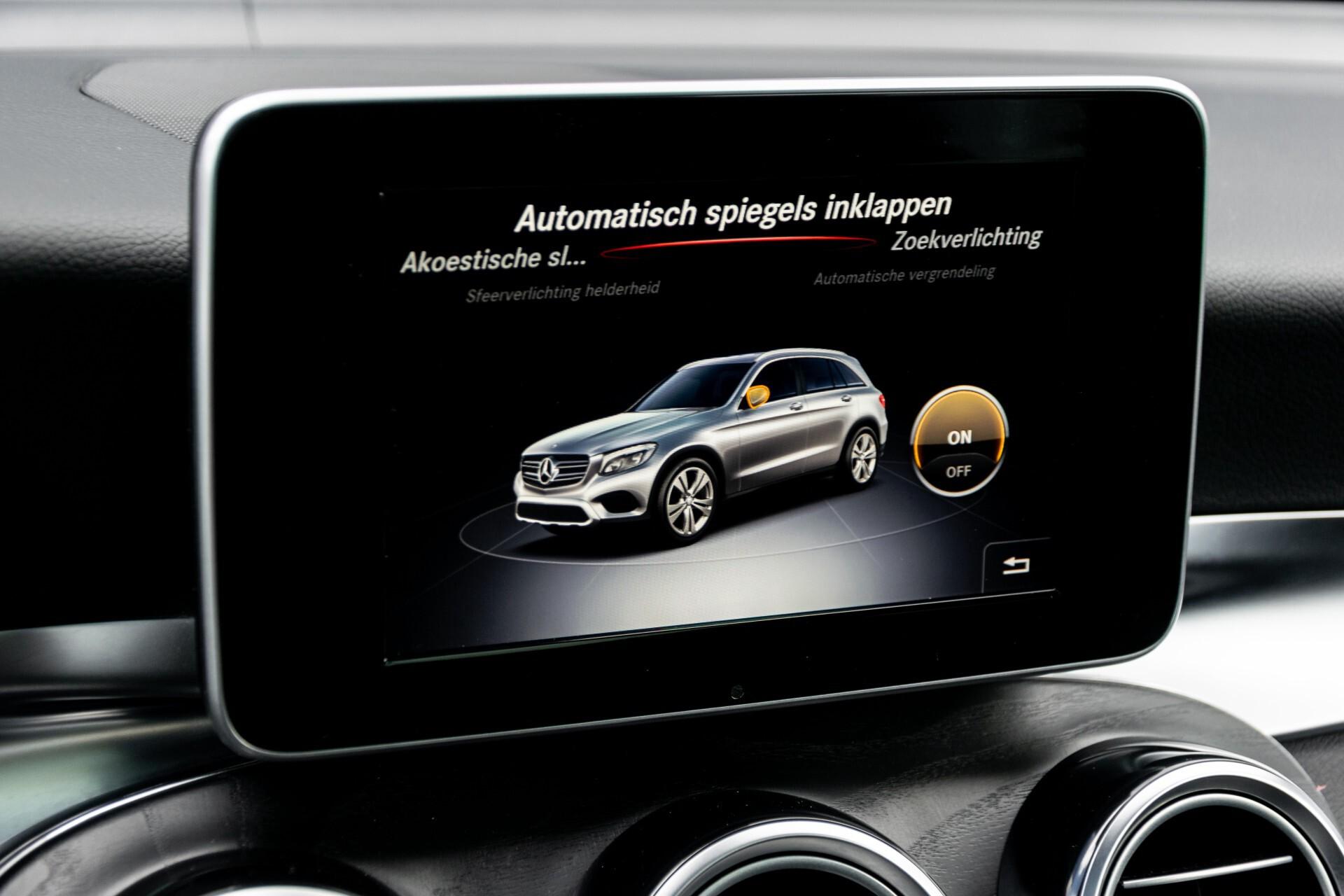 "Mercedes-Benz GLC 250 d 4-M AMG Panorama/Burmester/20""/Treeplanken/Trekhaak/Camera Aut9 Foto 27"