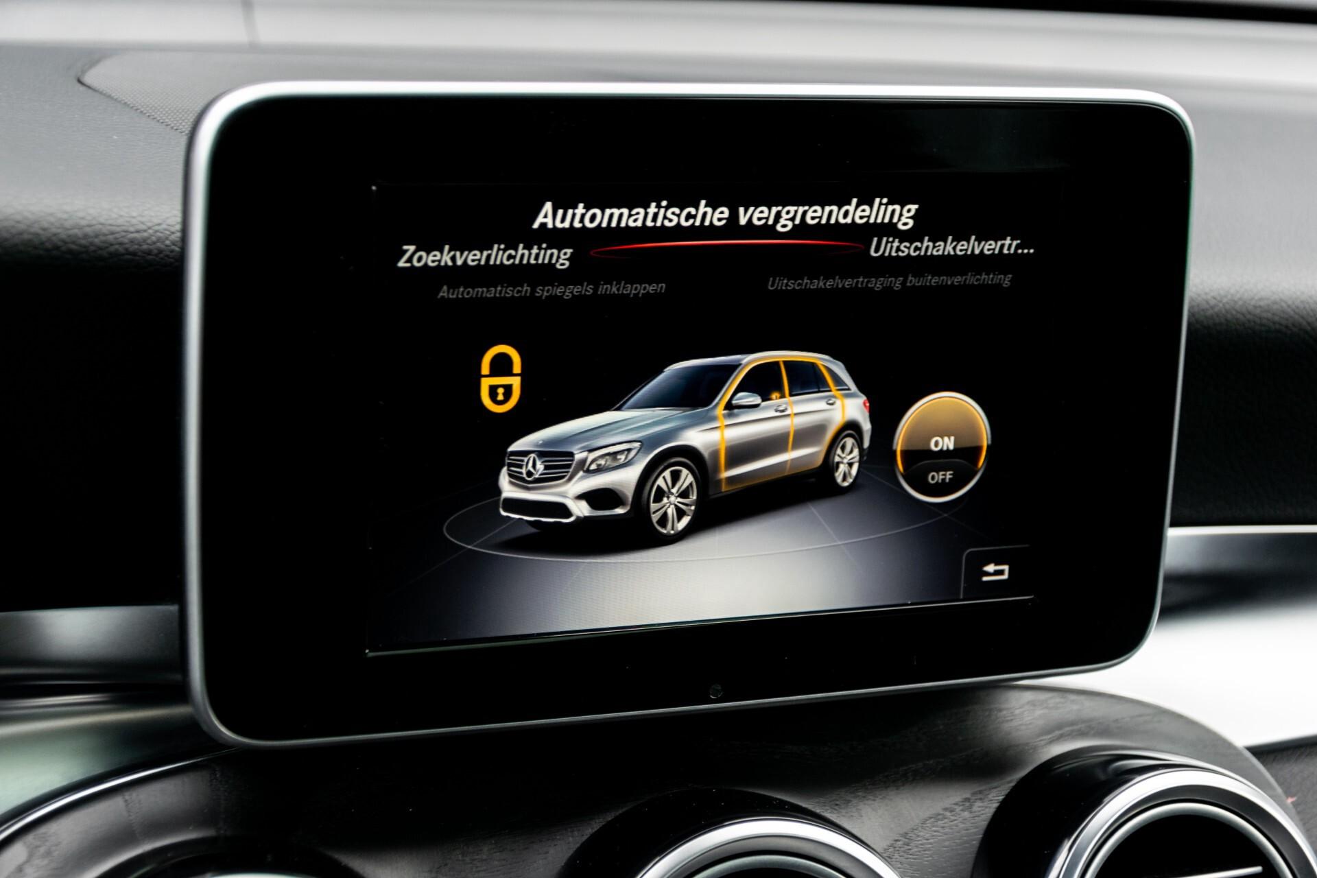 "Mercedes-Benz GLC 250 d 4-M AMG Panorama/Burmester/20""/Treeplanken/Trekhaak/Camera Aut9 Foto 31"