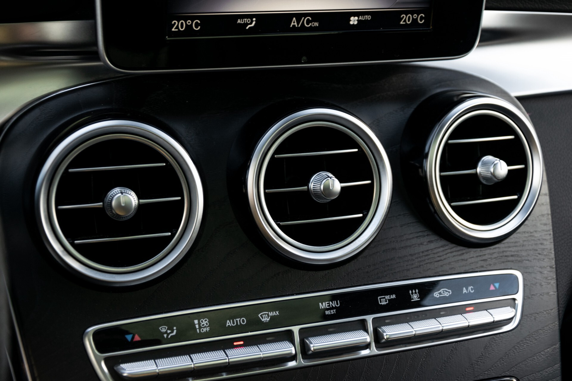 "Mercedes-Benz GLC 250 d 4-M AMG Panorama/Burmester/20""/Treeplanken/Trekhaak/Camera Aut9 Foto 36"