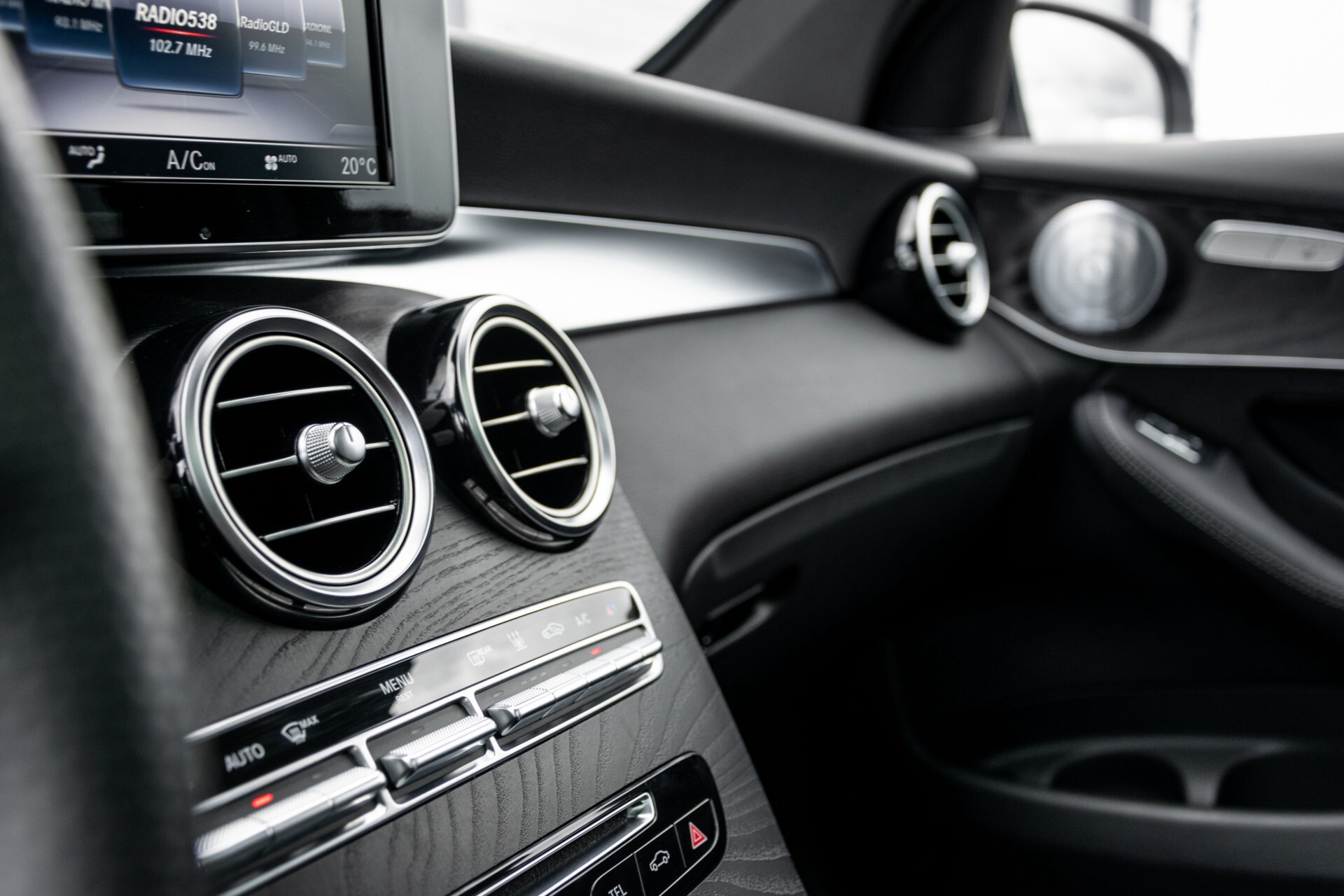 "Mercedes-Benz GLC 250 d 4-M AMG Panorama/Burmester/20""/Treeplanken/Trekhaak/Camera Aut9 Foto 40"