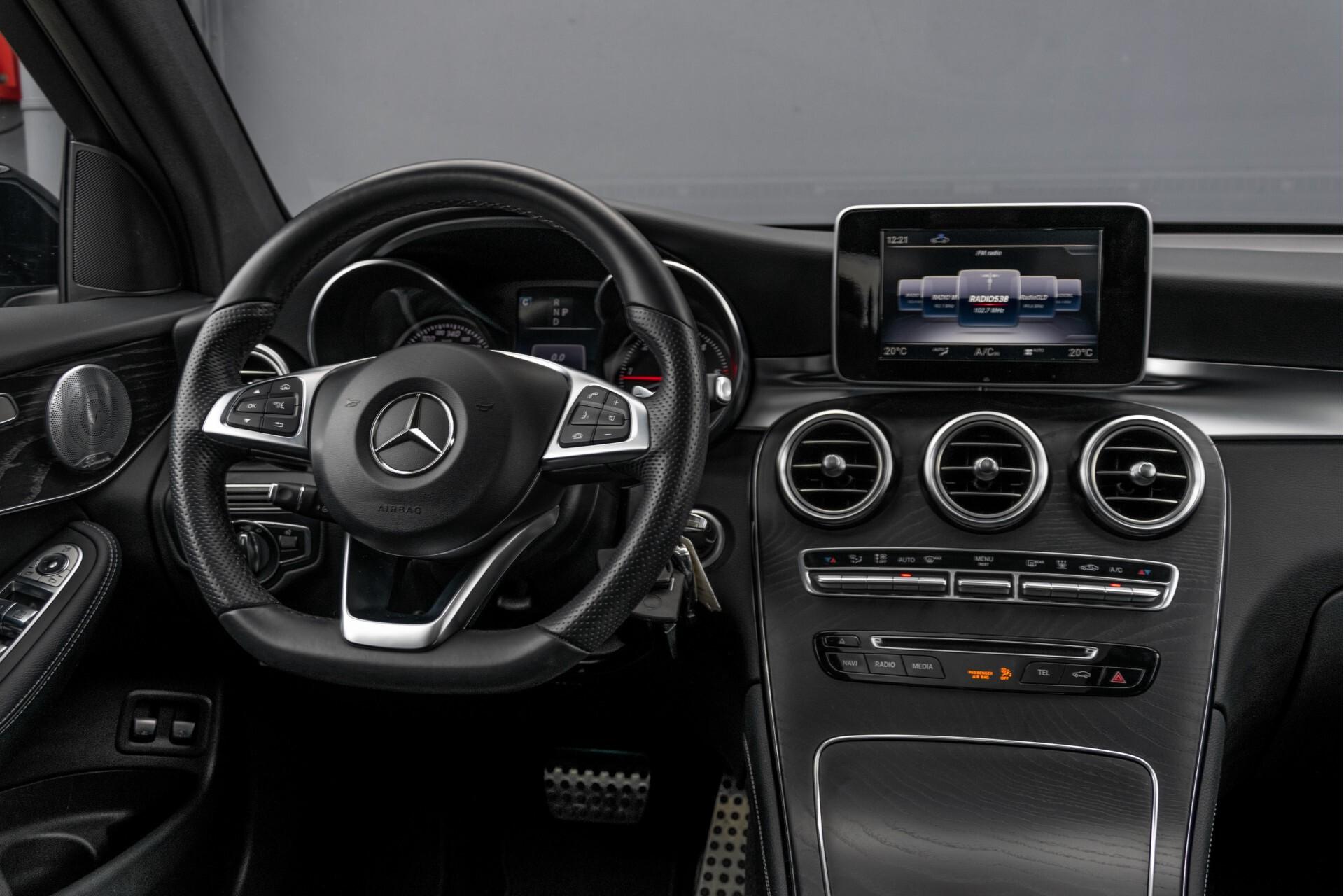 "Mercedes-Benz GLC 250 d 4-M AMG Panorama/Burmester/20""/Treeplanken/Trekhaak/Camera Aut9 Foto 6"