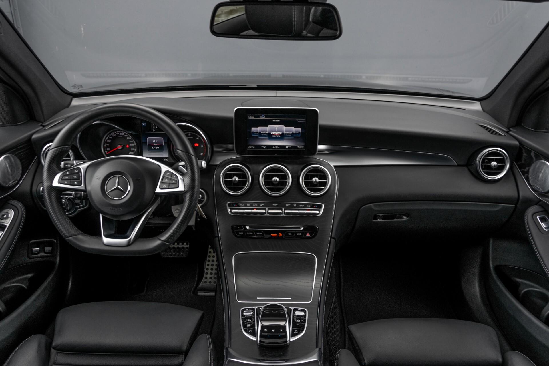 "Mercedes-Benz GLC 250 d 4-M AMG Panorama/Burmester/20""/Treeplanken/Trekhaak/Camera Aut9 Foto 8"