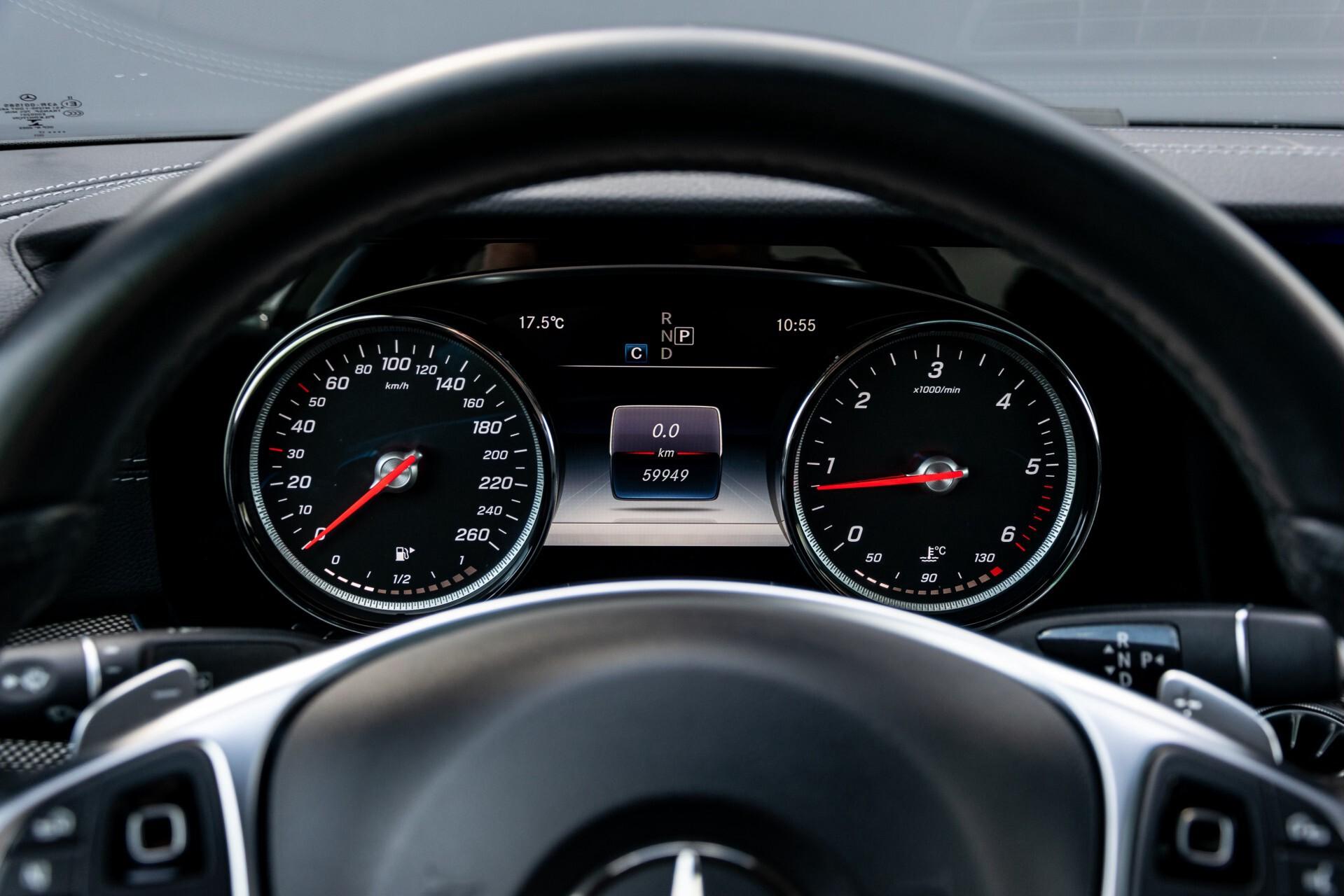 Mercedes-Benz E-Klasse Coupé 220 d AMG Night Panorama Aut9 Foto 11