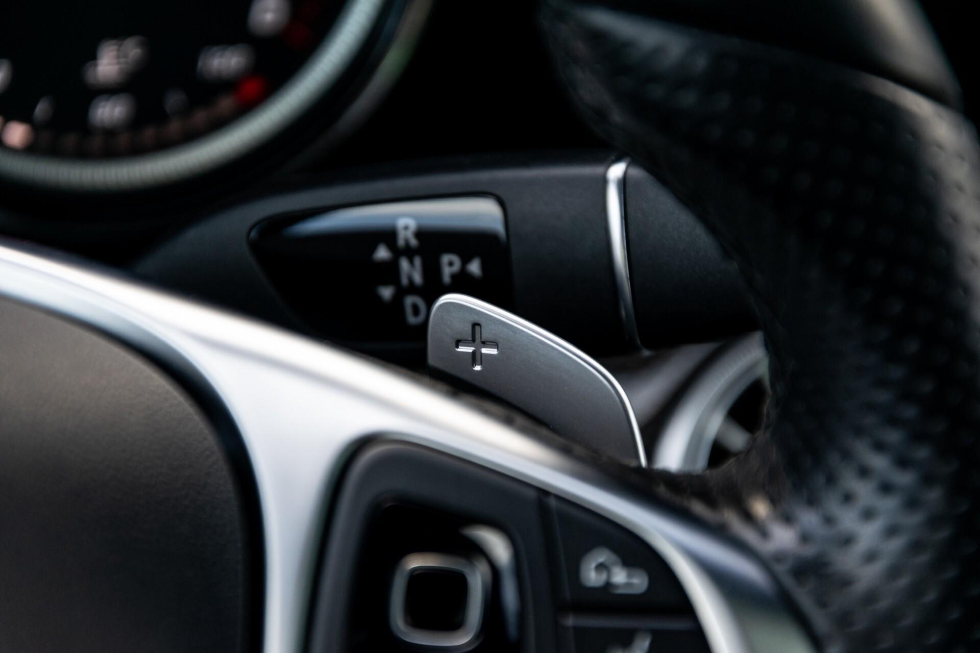 Mercedes-Benz E-Klasse Coupé 220 d AMG Night Panorama Aut9 Foto 12