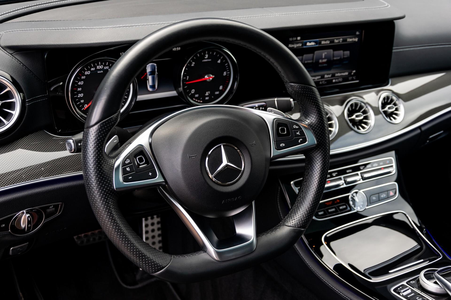 Mercedes-Benz E-Klasse Coupé 220 d AMG Night Panorama Aut9 Foto 16