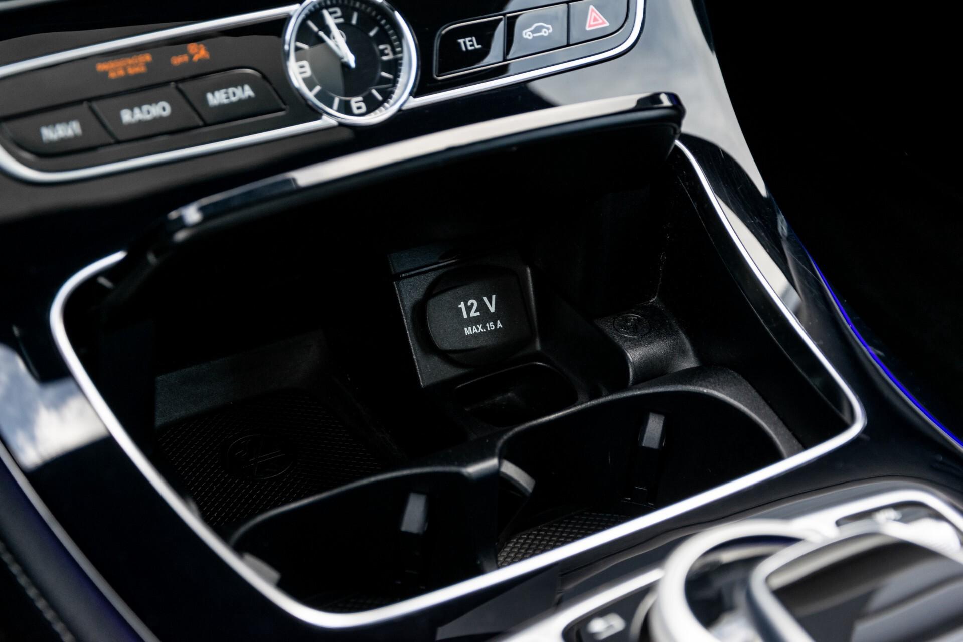 Mercedes-Benz E-Klasse Coupé 220 d AMG Night Panorama Aut9 Foto 26
