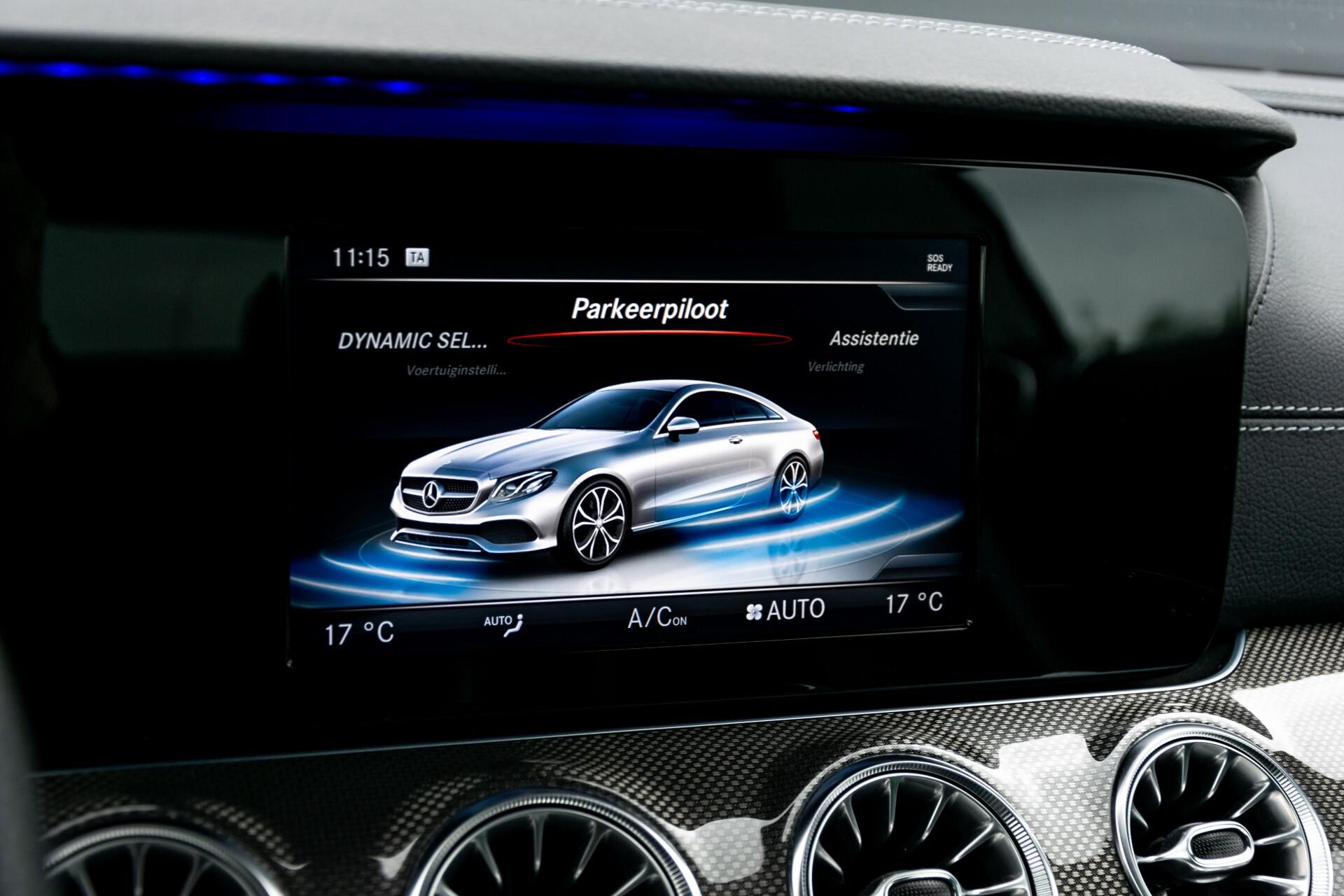 Mercedes-Benz E-Klasse Coupé 220 d AMG Night Panorama Aut9 Foto 32