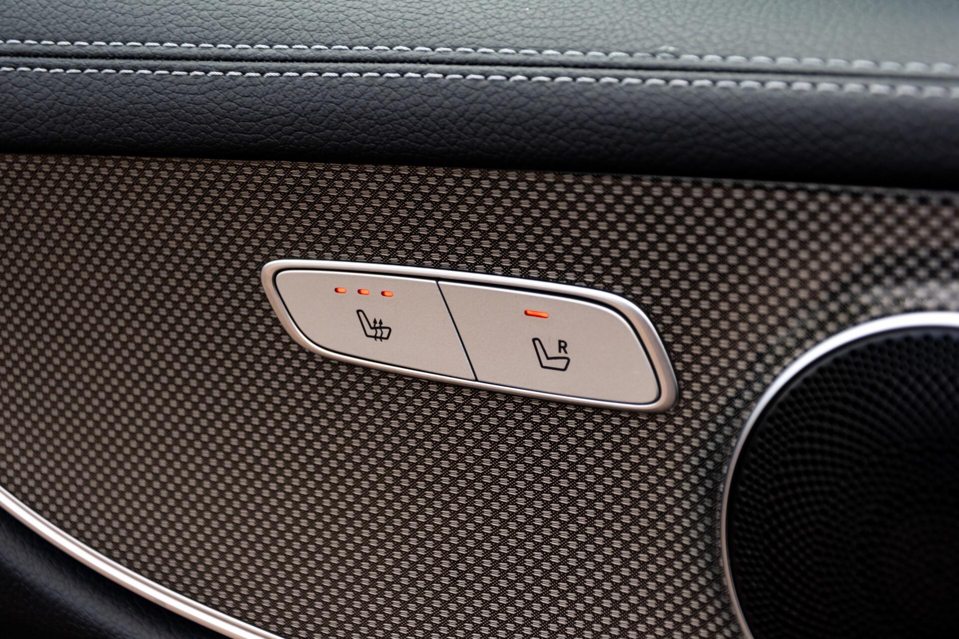 Mercedes-Benz E-Klasse Coupé 220 d AMG Night Panorama Aut9 Foto 36