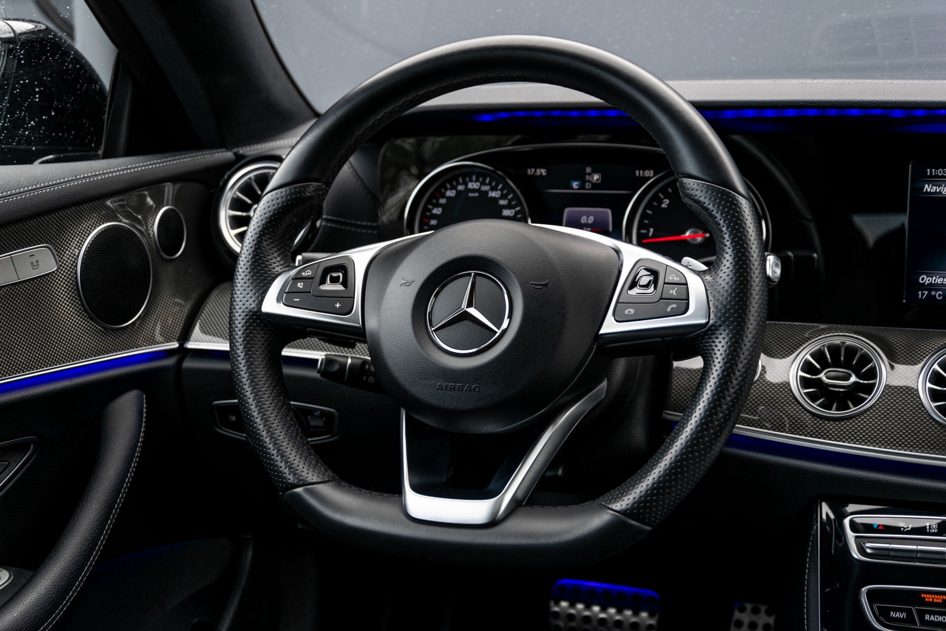 Mercedes-Benz E-Klasse Coupé 220 d AMG Night Panorama Aut9 Foto 6