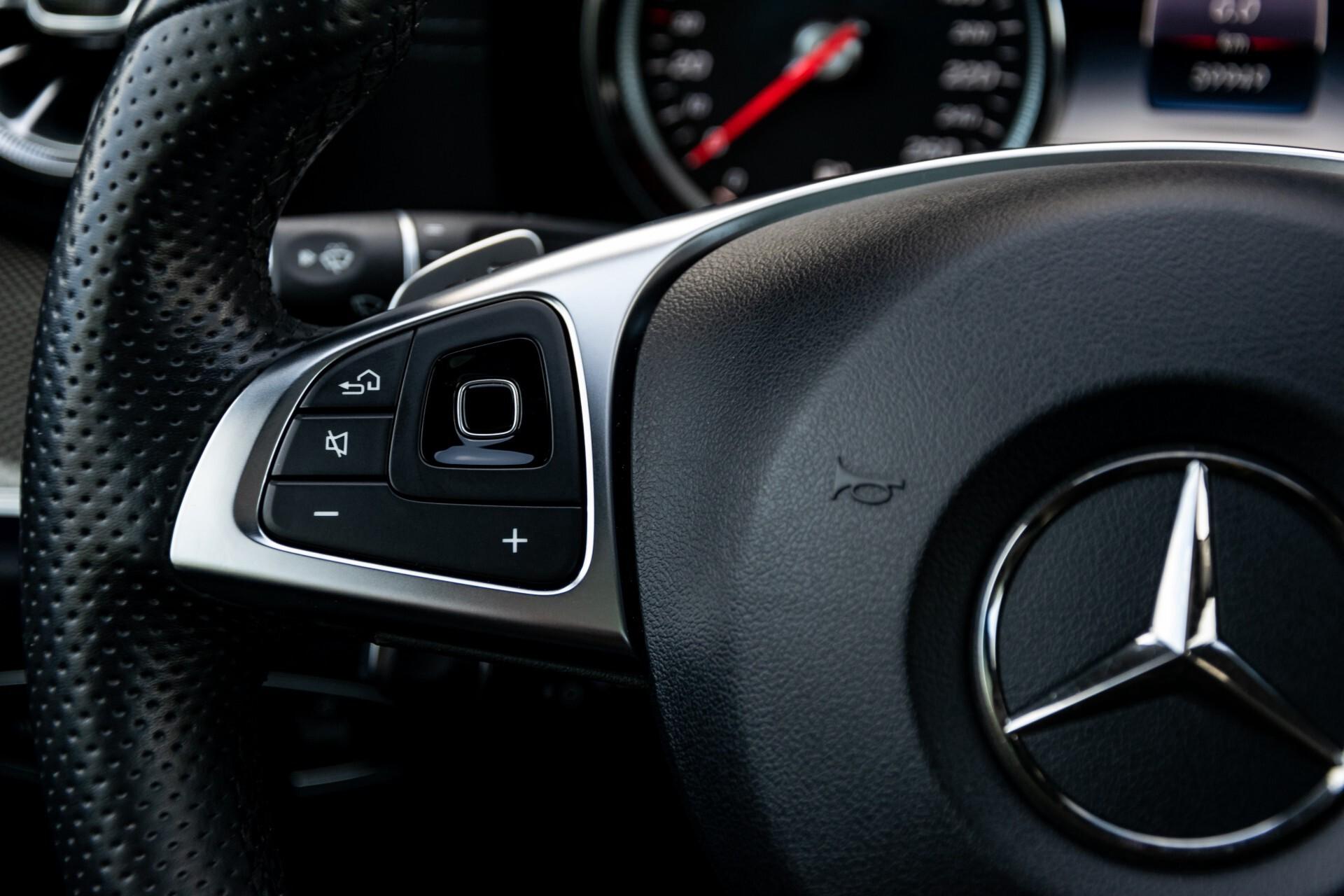 Mercedes-Benz E-Klasse Coupé 220 d AMG Night Panorama Aut9 Foto 8