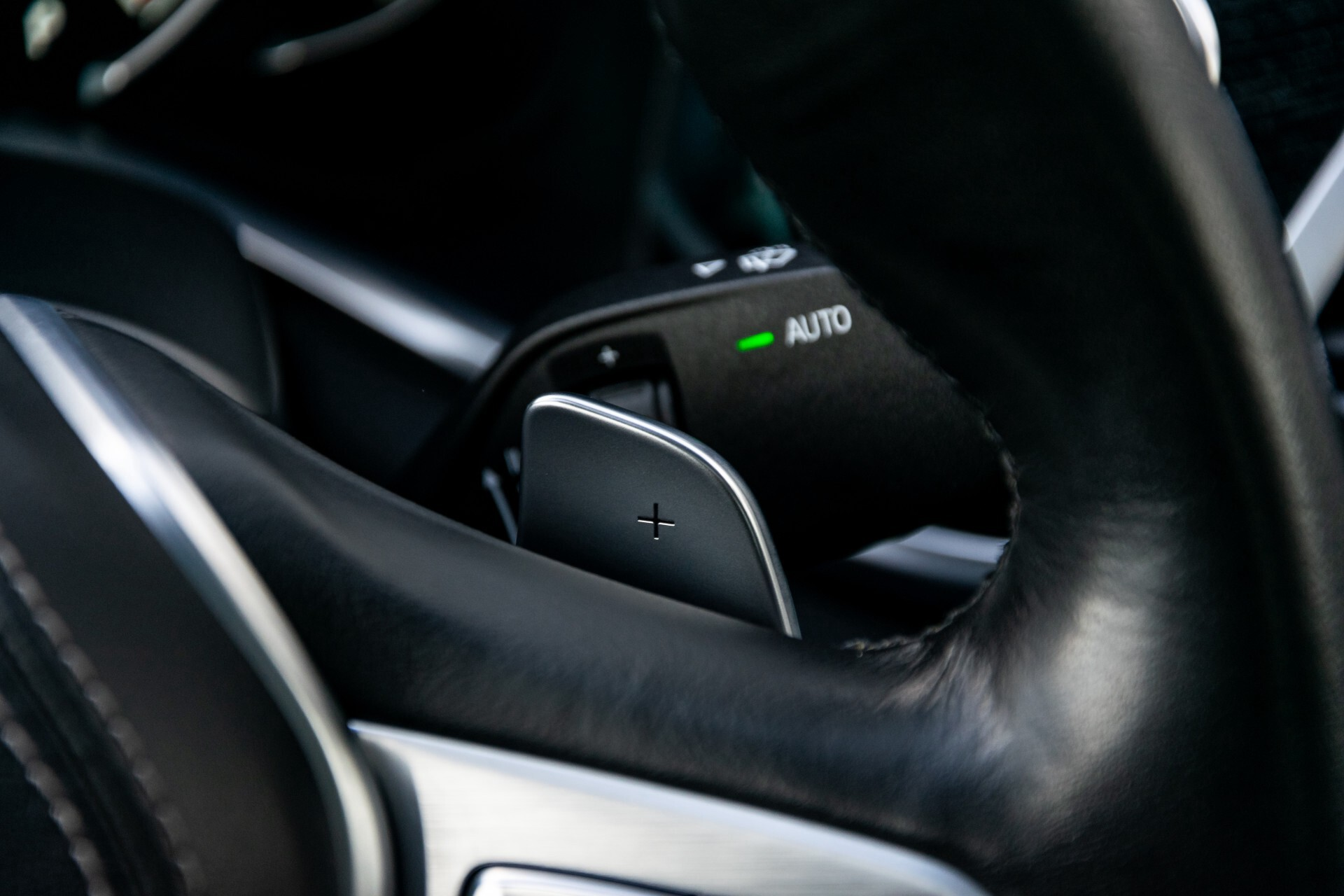 BMW 7 Serie 740d xDrive M-Sport High Executive Full Options Aut8 Foto 13