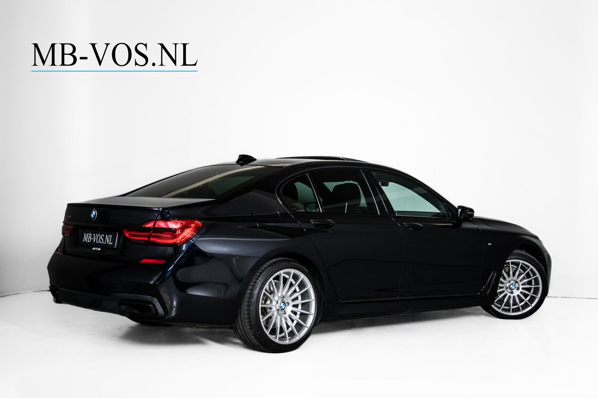 BMW 7 Serie 740d xDrive M-Sport High Executive Full Options Aut8 Foto 2