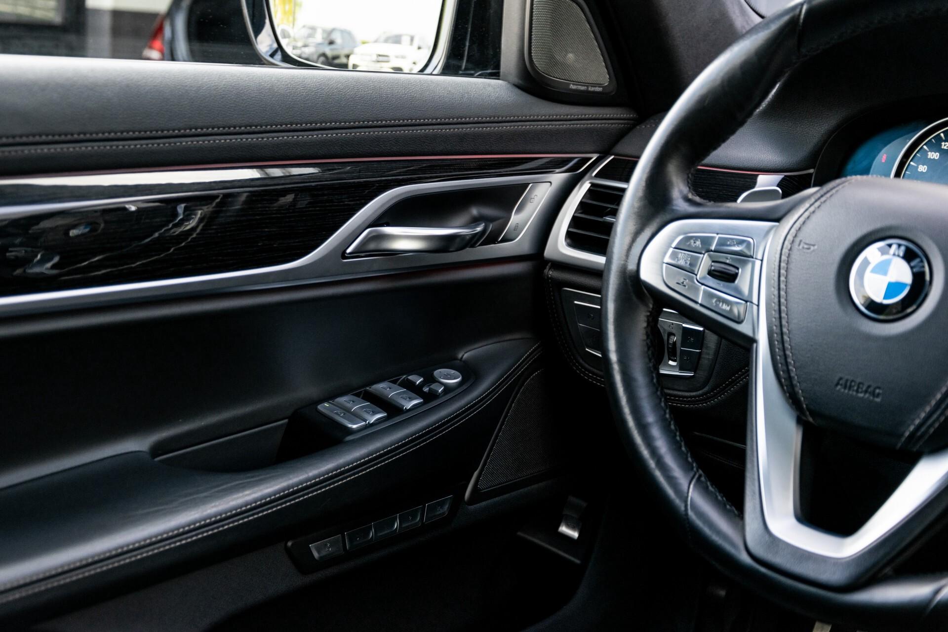 BMW 7 Serie 740d xDrive M-Sport High Executive Full Options Aut8 Foto 21