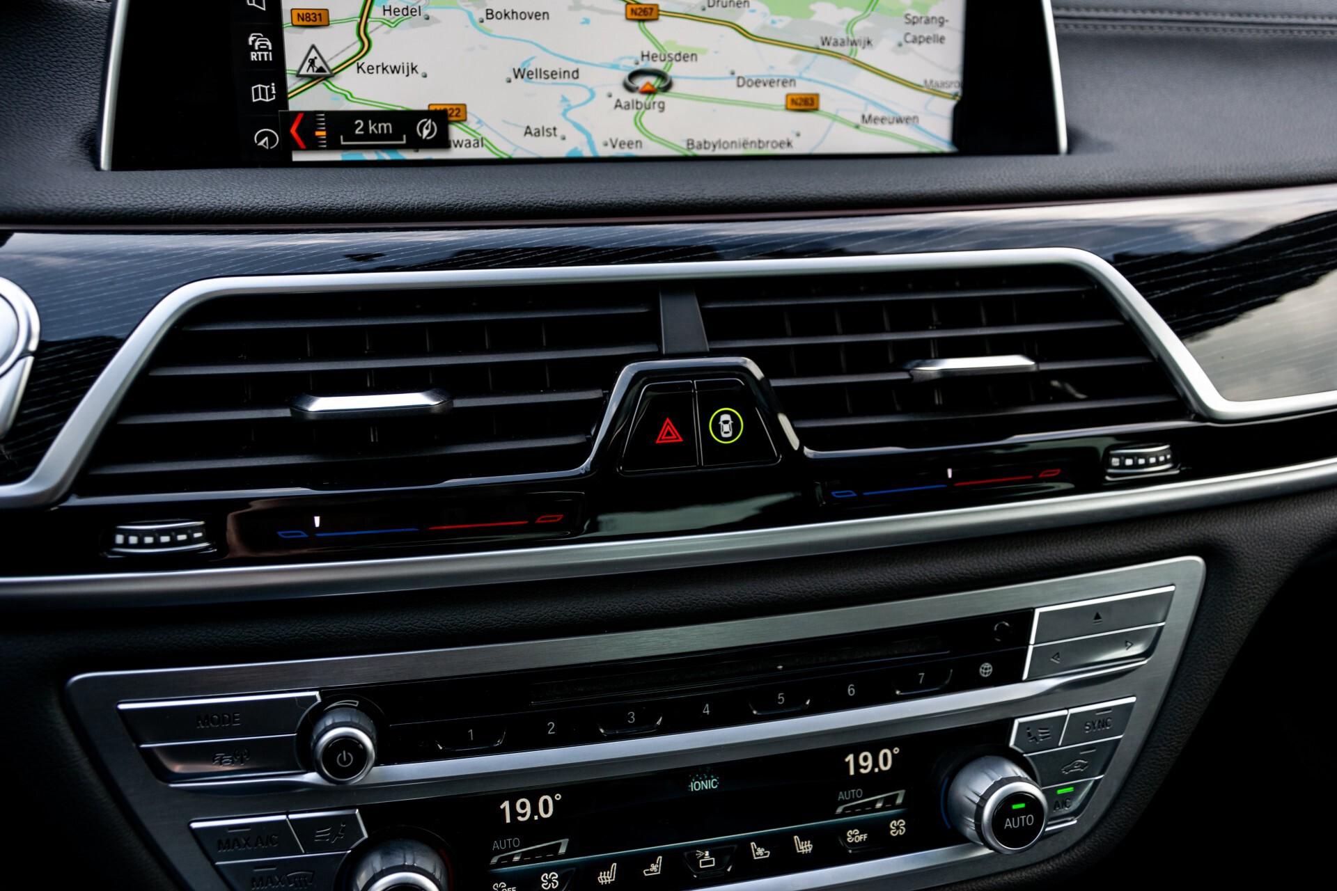 BMW 7 Serie 740d xDrive M-Sport High Executive Full Options Aut8 Foto 25