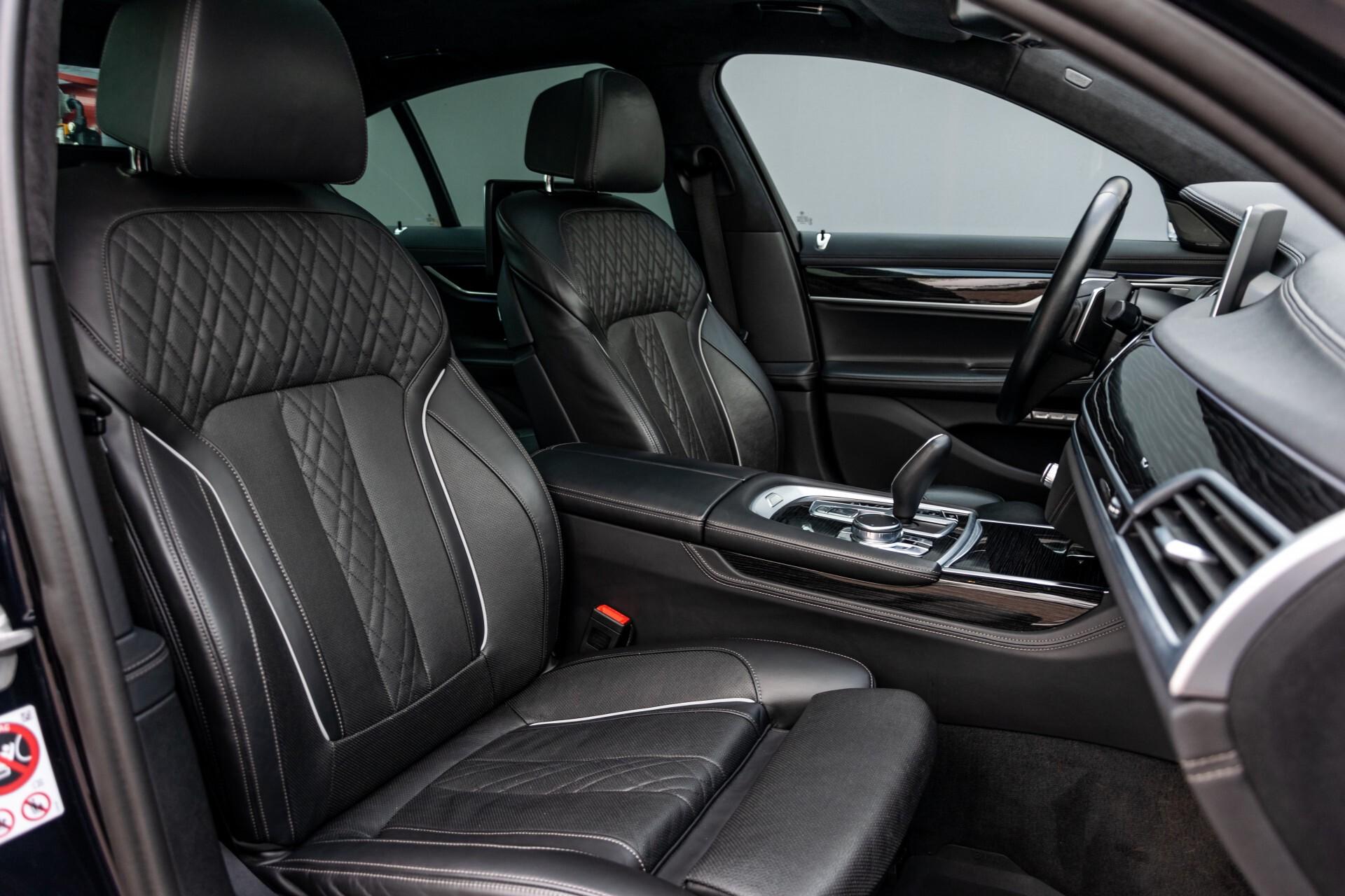 BMW 7 Serie 740d xDrive M-Sport High Executive Full Options Aut8 Foto 3