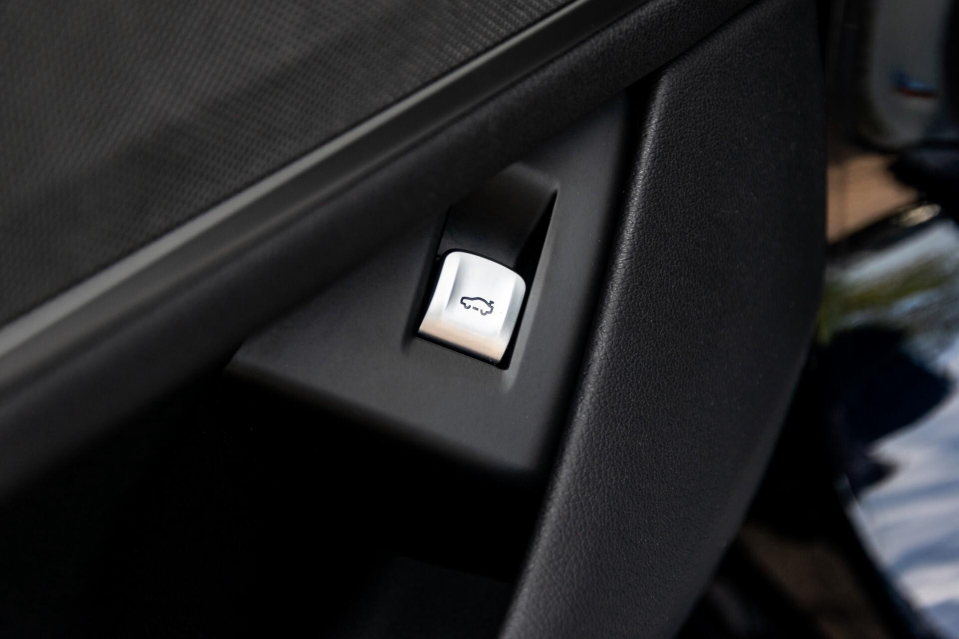 BMW 7 Serie 740d xDrive M-Sport High Executive Full Options Aut8 Foto 38
