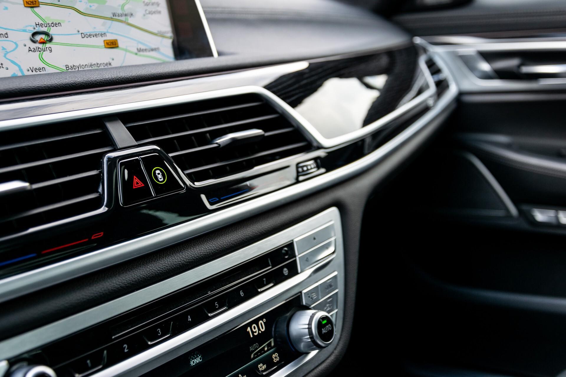 BMW 7 Serie 740d xDrive M-Sport High Executive Full Options Aut8 Foto 48