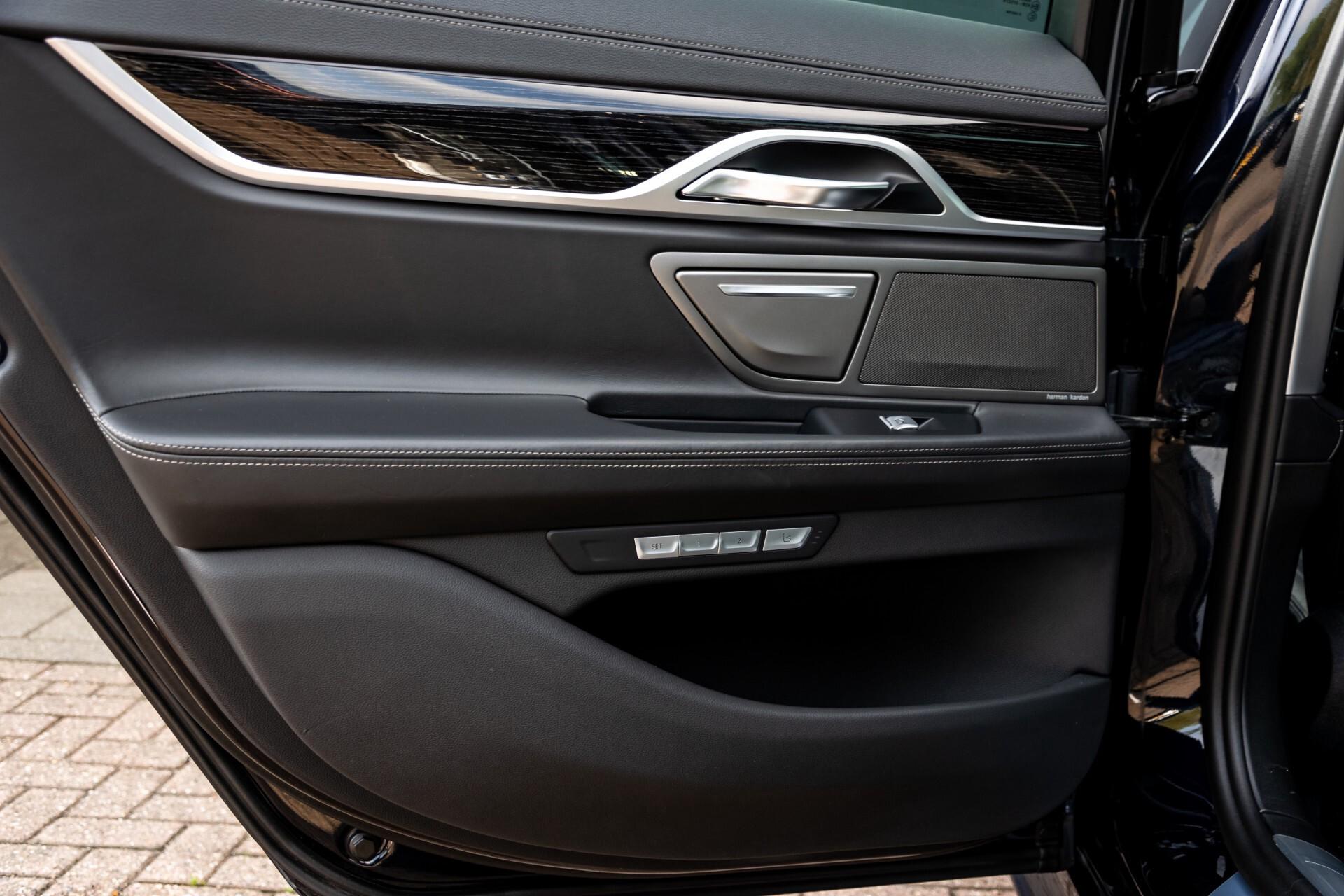 BMW 7 Serie 740d xDrive M-Sport High Executive Full Options Aut8 Foto 51