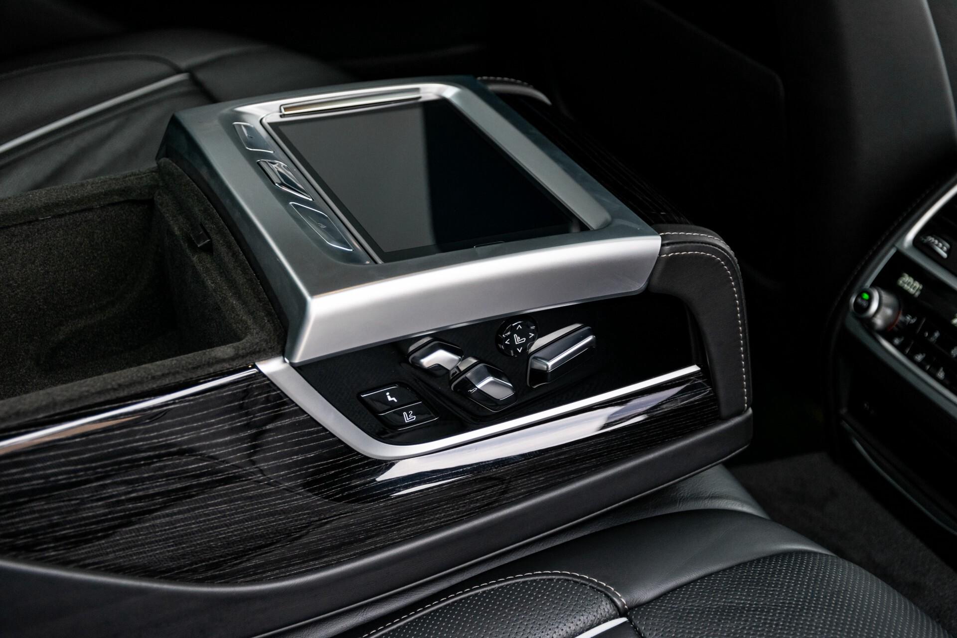 BMW 7 Serie 740d xDrive M-Sport High Executive Full Options Aut8 Foto 54