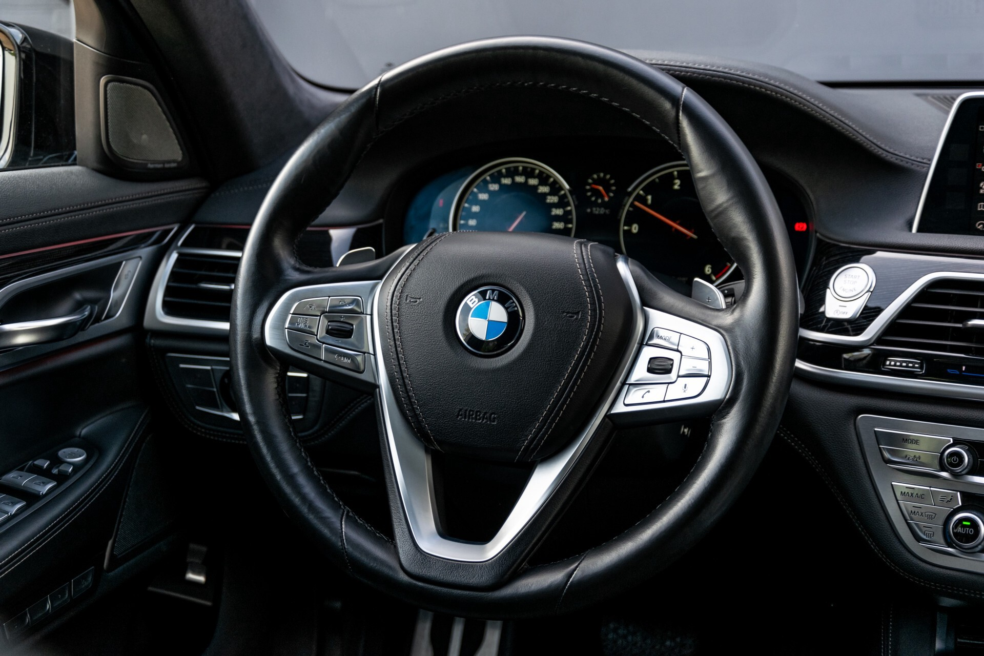 BMW 7 Serie 740d xDrive M-Sport High Executive Full Options Aut8 Foto 7