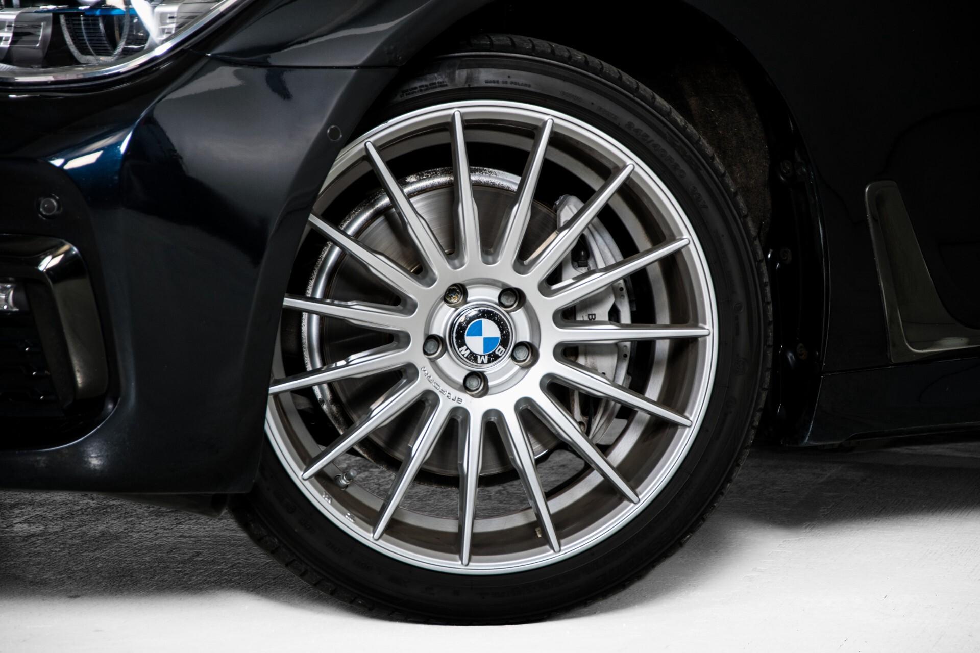 BMW 7 Serie 740d xDrive M-Sport High Executive Full Options Aut8 Foto 71