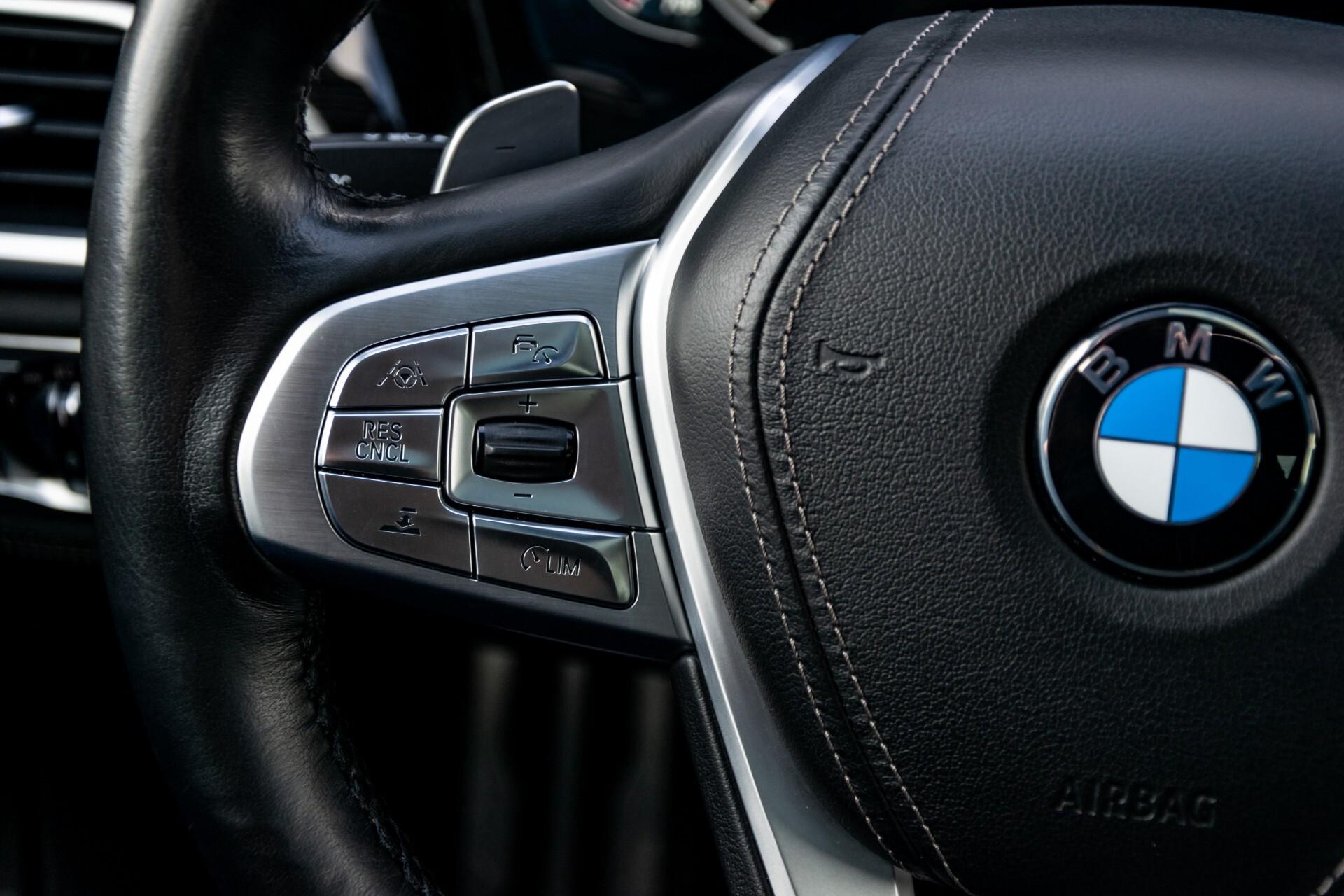 BMW 7 Serie 740d xDrive M-Sport High Executive Full Options Aut8 Foto 9