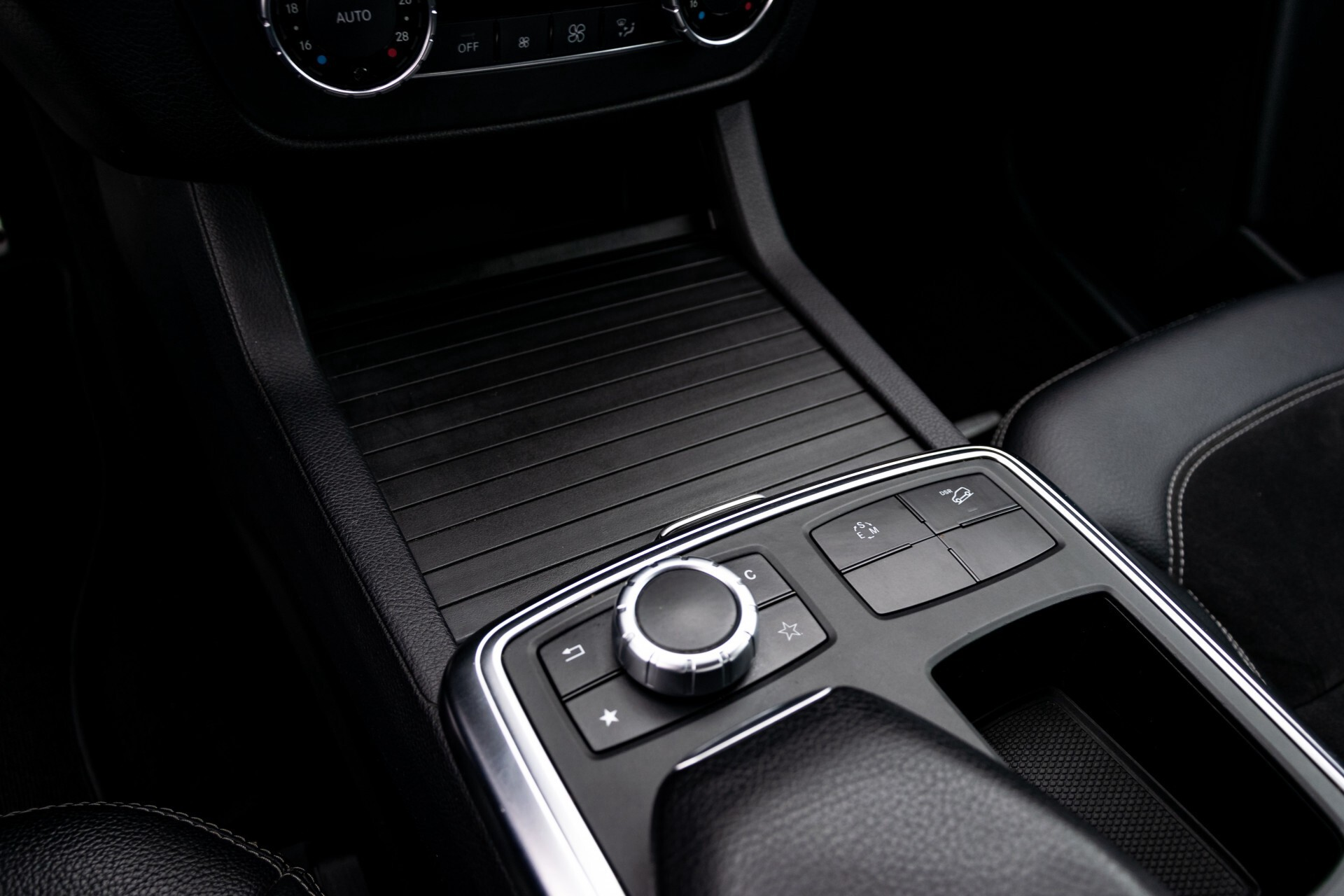 Mercedes-Benz M-Klasse 250 Bluetec 4-M AMG/Wegkl-Trekhaak/ILS/Sportpakket Aut7 Foto 30