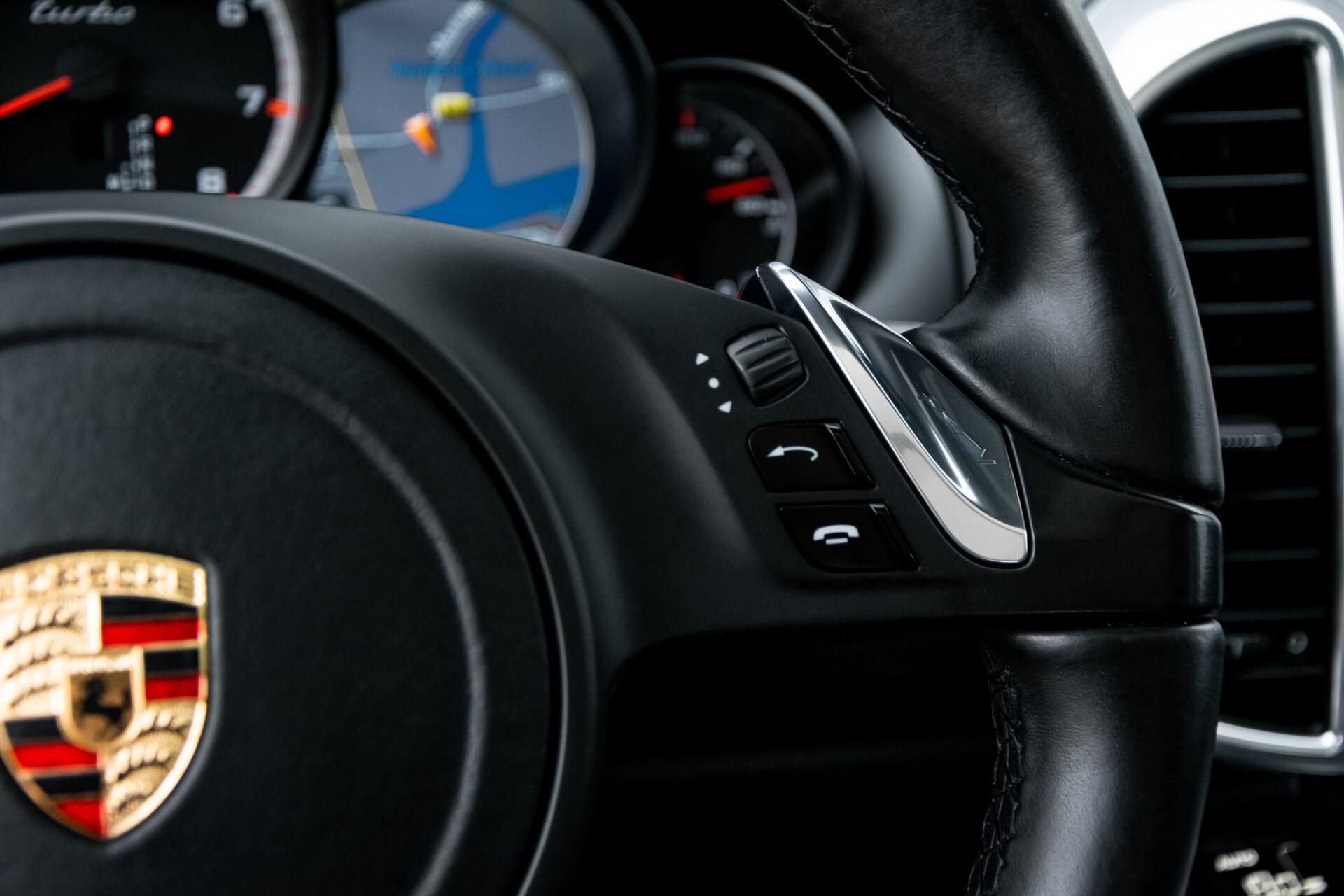 Porsche Cayenne 4.8 Turbo Ceramic/Akrapovic/Carbon/Burmester/Exclusive Aut8 Foto 14